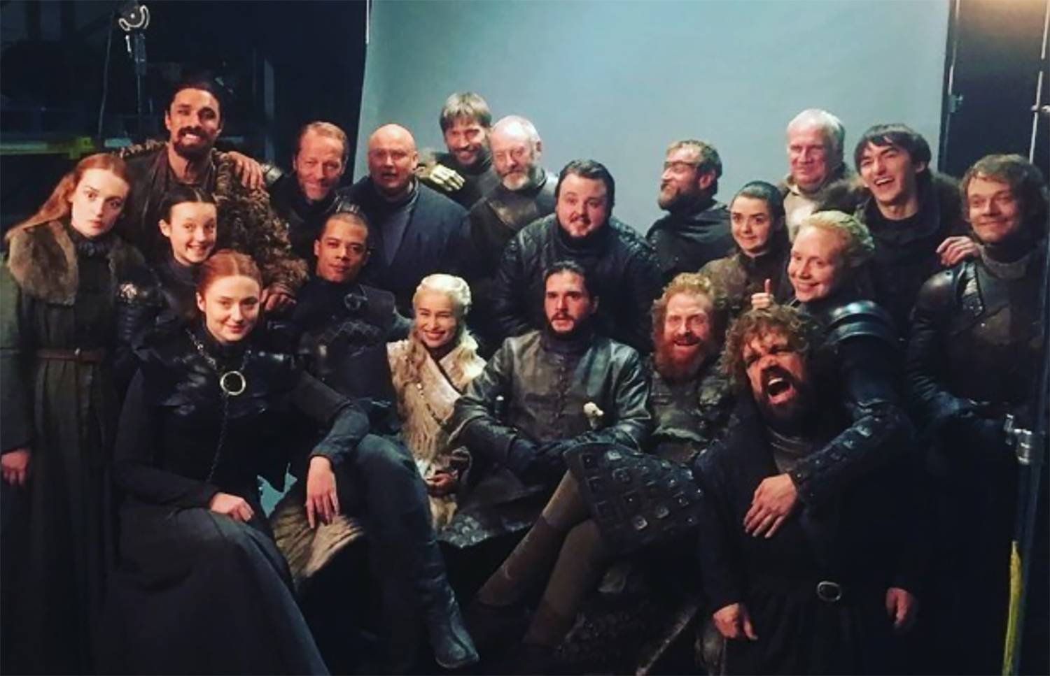 Game of Thrones season 8 finale: Cast shares goodbye posts | EW.com