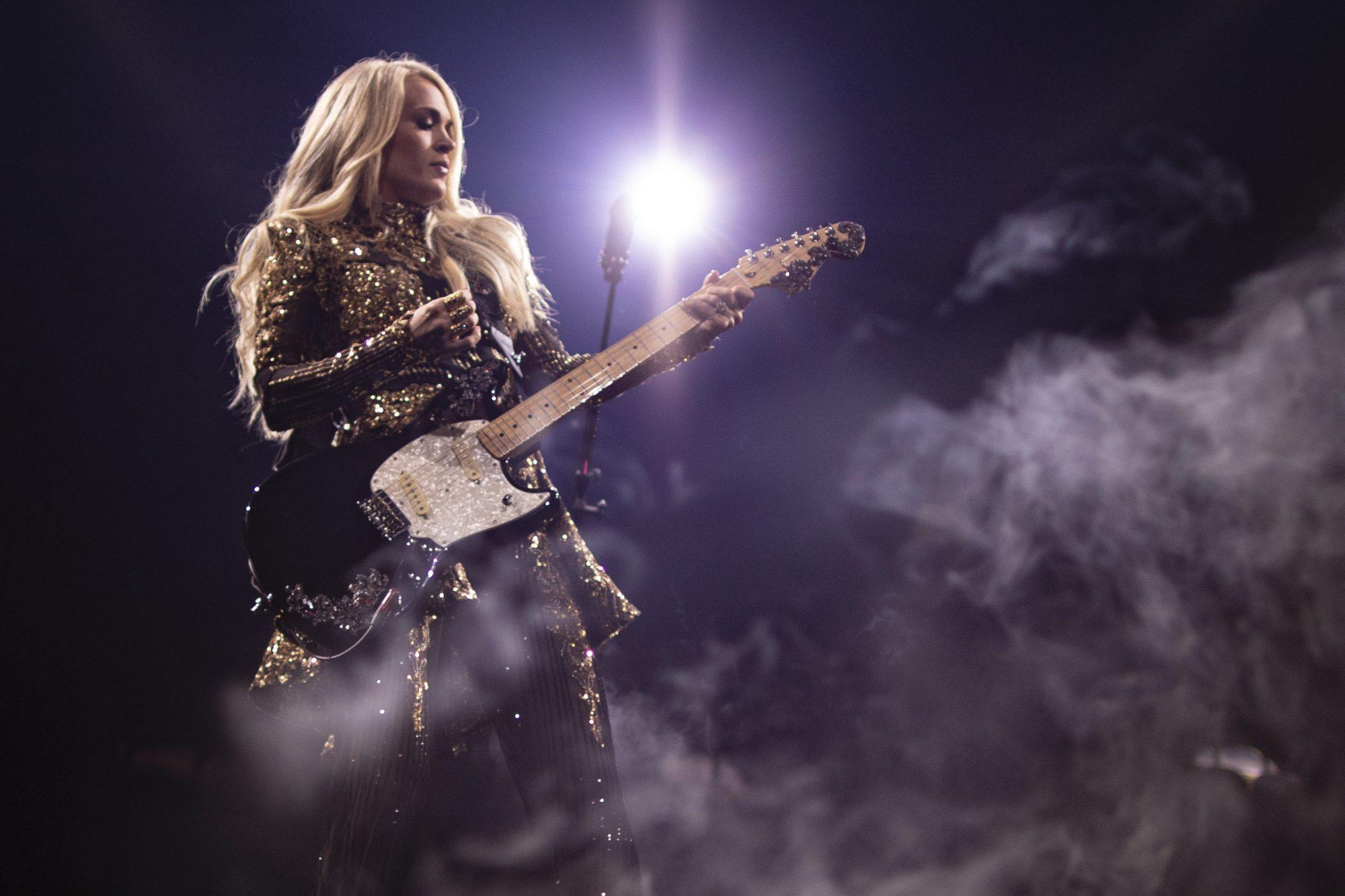 Carrie Underwood CR: Jeff Johnson