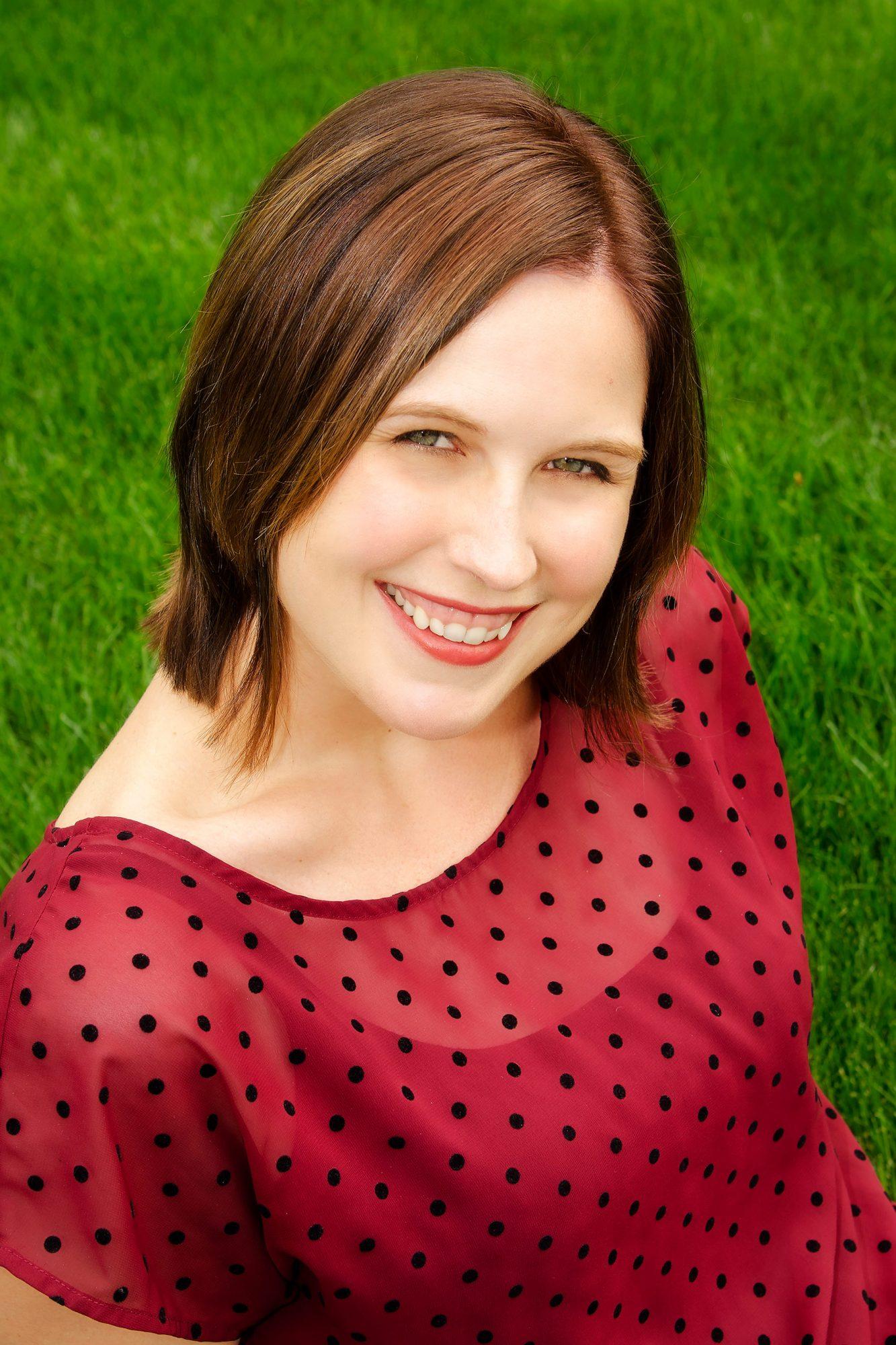 marissa-meyer-julia-scott-headshot