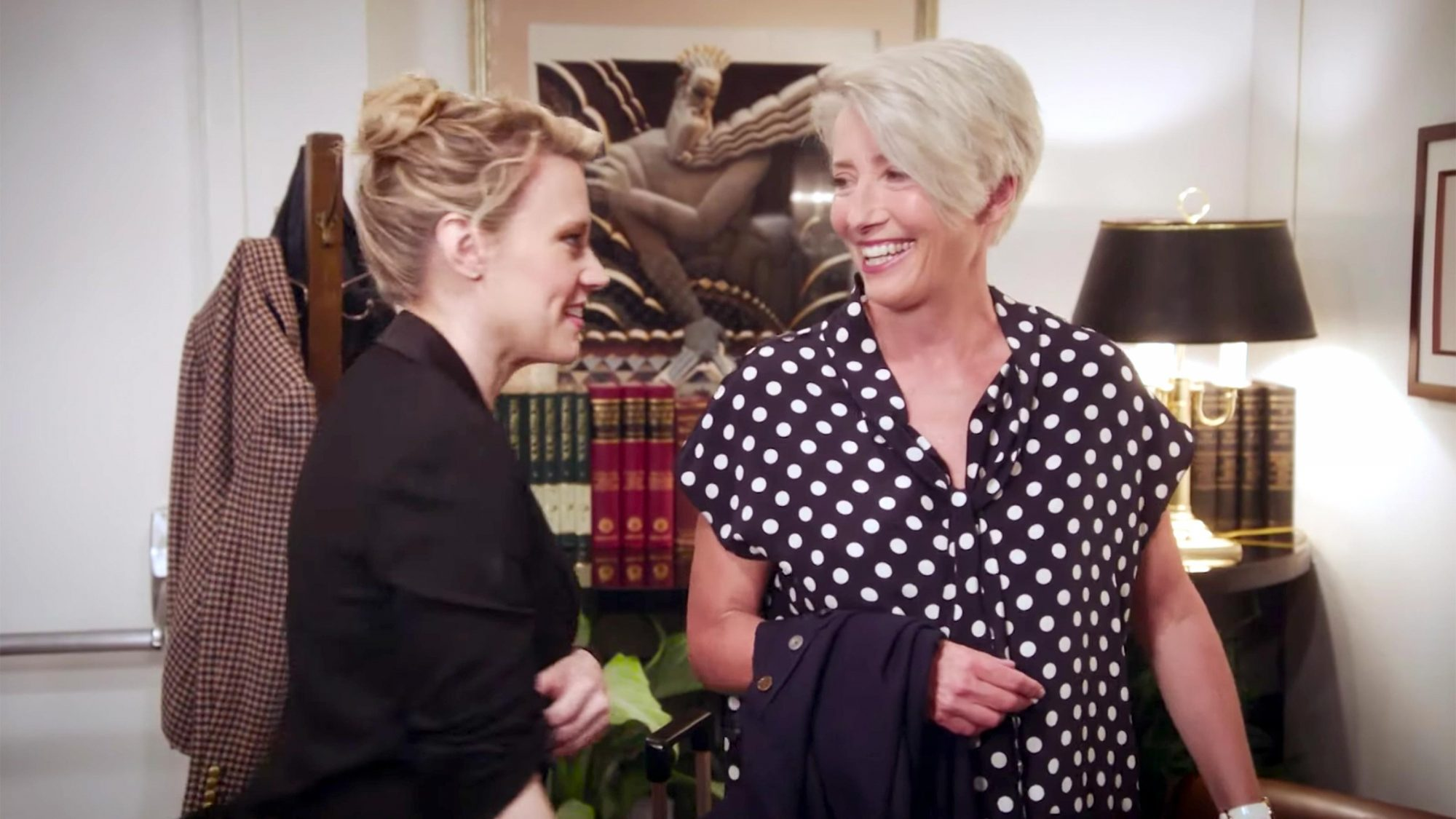 Saturday Night Live - Emma Thompson Gets an SNL Tour from Kate McKinnon (screen grab) https://www.youtube.com/watch?v=YH8oJEHfi8k CR: NBC Saturday Night Live