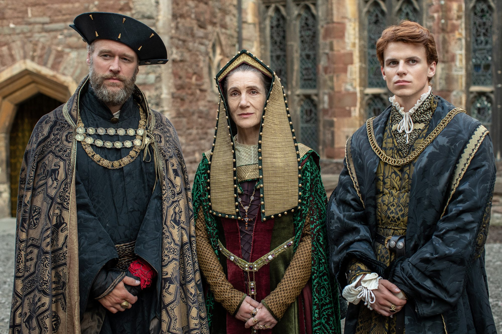 Elliot Cowan (King Henry), Harriet Walter (Margaret Beaufort), Ruairi O'Connor (Prince Harry) - The Spanish Princess 104