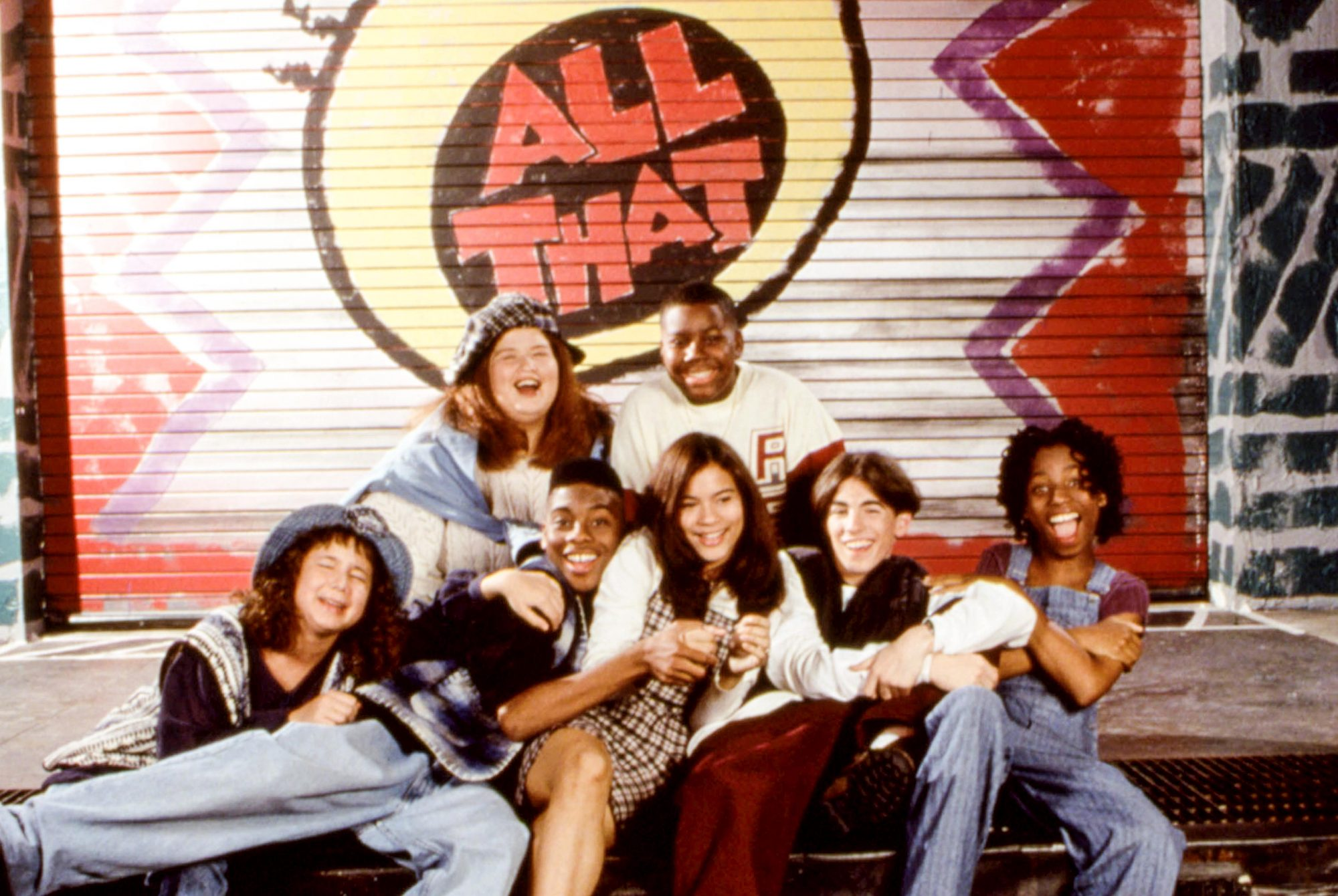 ALL THAT, (l-r): Katrina Johnson, Lori Beth Denberg, Kel Mitchell, Kenan Thompson, Alisa Reyes, Josh