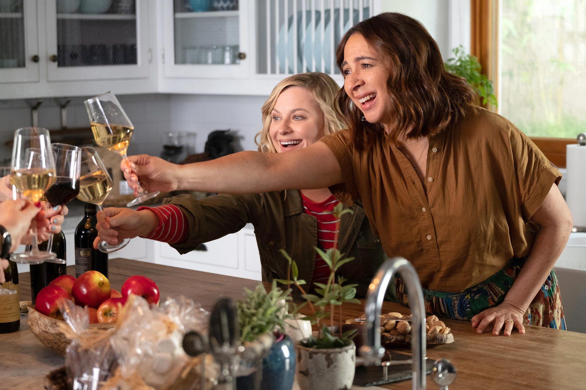 WINE COUNTRY Amy Poehler and Maya RudolphPHOTO CREDITColleen Hayes