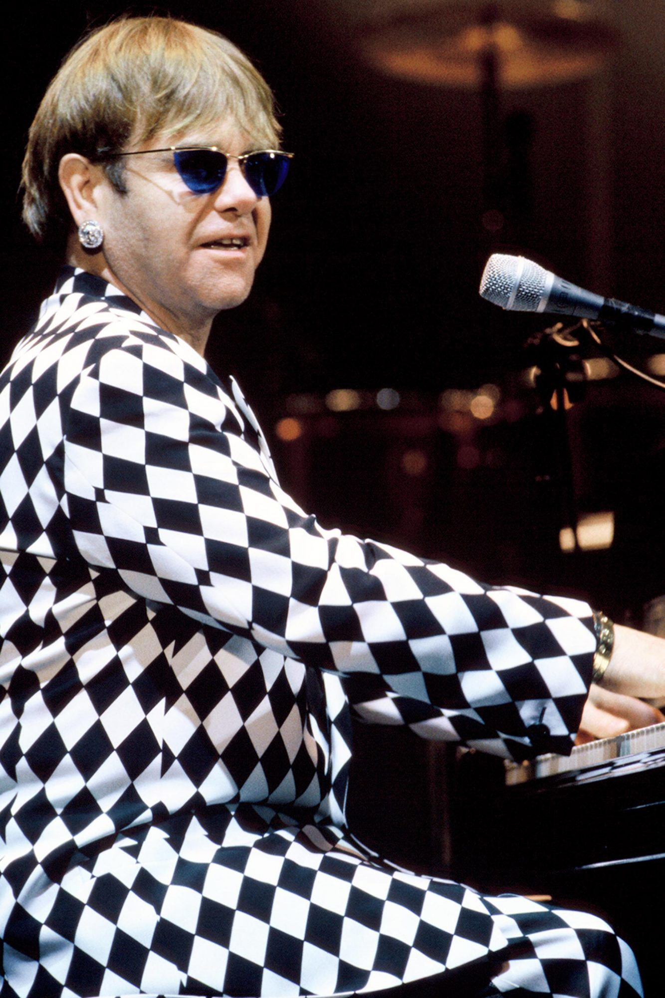 Elton John in Concert  - Mountain View CA