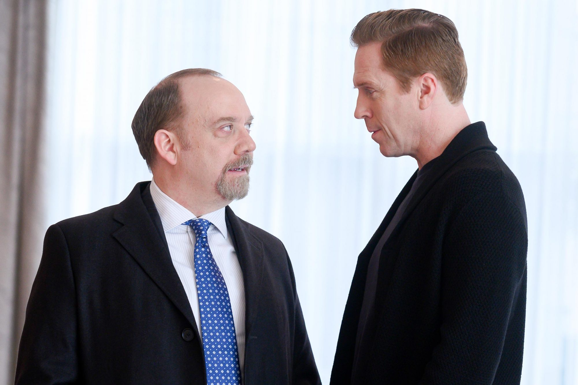 "Paul Giamatti as Chuck Rhoades and Damian Lewis as Bobby ""Axe"" Axelrod in BILLIONS (Season 4, Episode 12, ""Extreme Sandbox""). - Photo: JoJo Whilden/SHOWTIME - Photo ID: BILLIONS_412_2345.R.jpg"