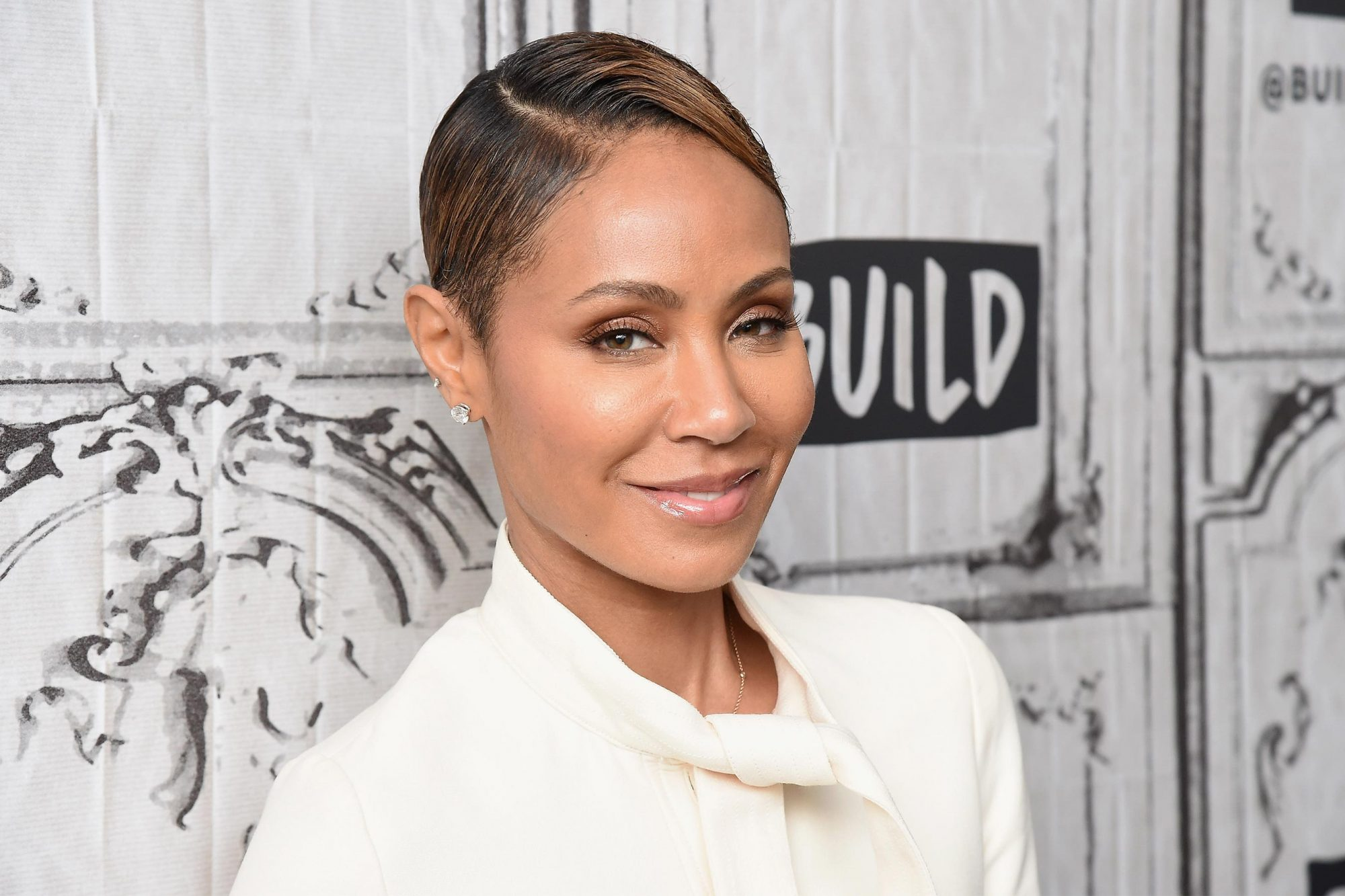 NEW YORK, NEW YORK - JANUARY 22: Jada Pinkett Smith visits the Build Series to discuss the web TV talk show 'Red Table Talk' at Build Studio on January 22, 2019 in New York City. (Photo by Gary Gershoff/WireImage)