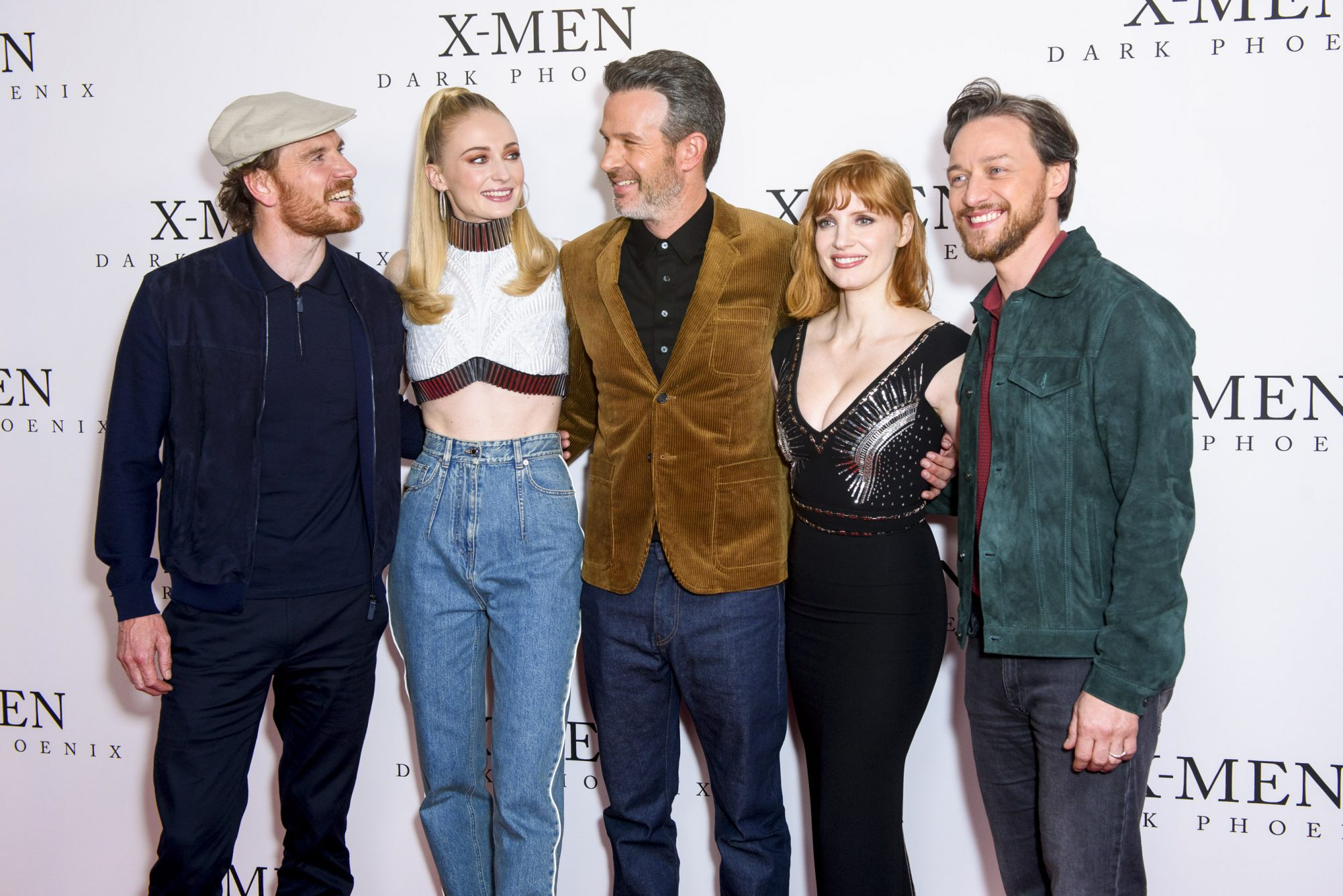 """LONDON, ENGLAND - MAY 22: Michael Fassbender, Sophie Turner, Simon Kinberg, Jessica Chastain and James McAvoy attend an exclusive fan event for """"X-Men: Dark Phoenix"""" at Picturehouse Central on May 22, 2019 in London, England. (Photo by Joe Maher/Getty Images)"""