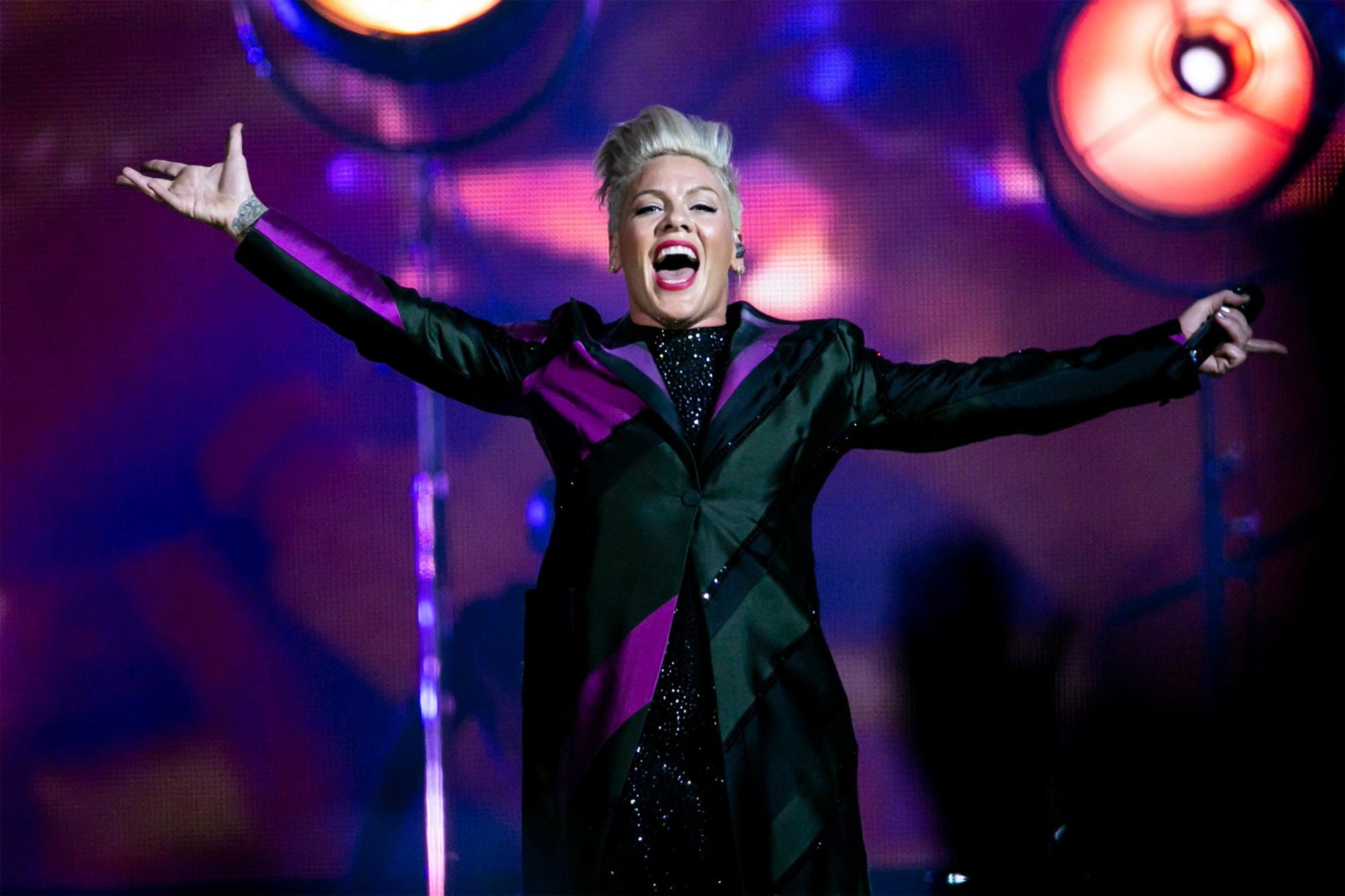 CARDIFF, WALES - JUNE 20: (EDITORIAL USE ONLY) P!nk performs on stage at Principality Stadium on June 20, 2019 in Cardiff, Wales. (Photo by Mike Lewis Photography/Redferns)