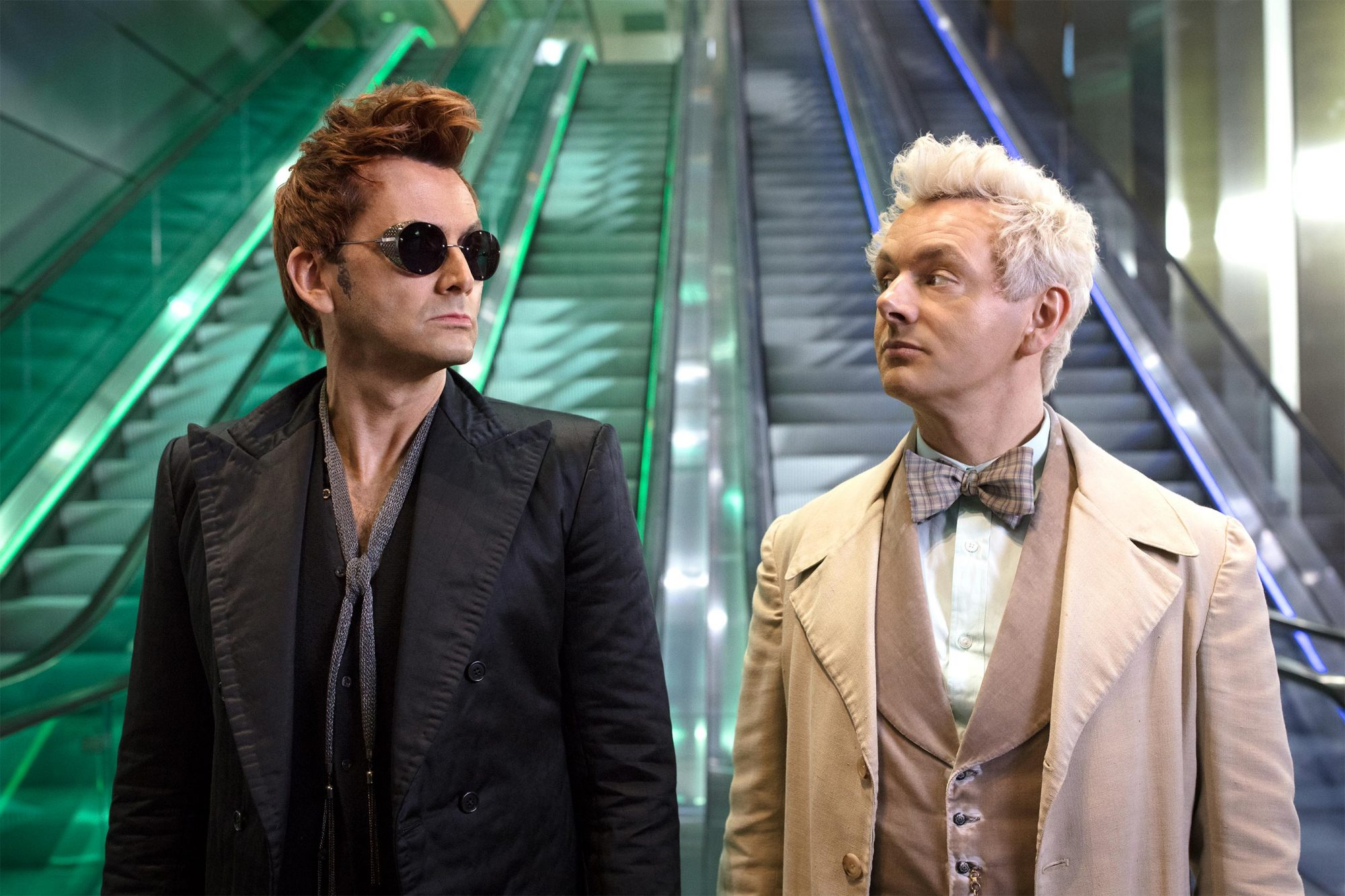 Good Omens Season 1, Episode 3 Pictured: David Tennant and Michael Sheen CR: Sophie Mutevelian/Amazon Studios