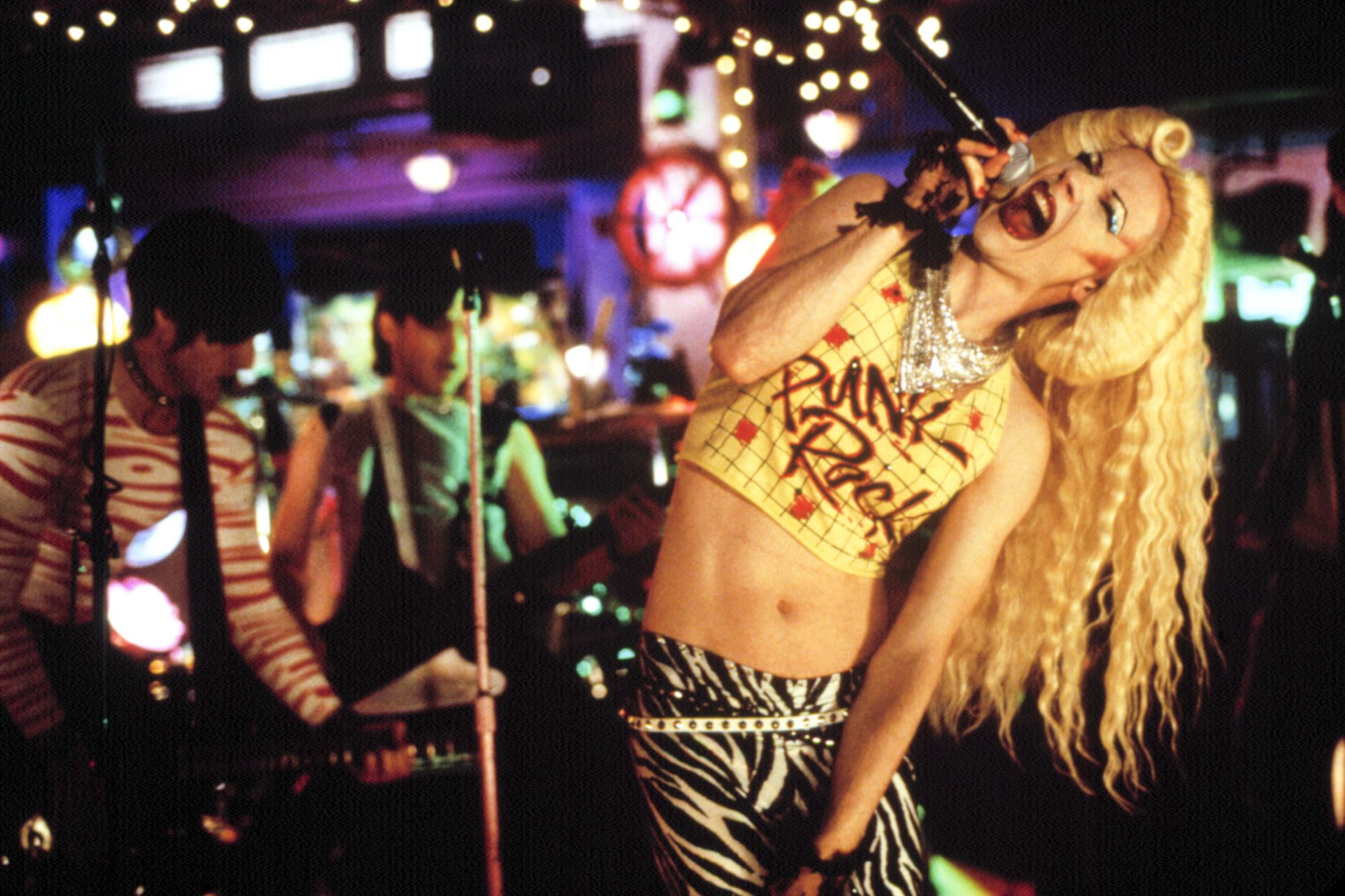 HEDWIG AND THE ANGRY INCH, John Cameron Mitchell, 2001, ©Fine Line Features/courtesy Everett Collect
