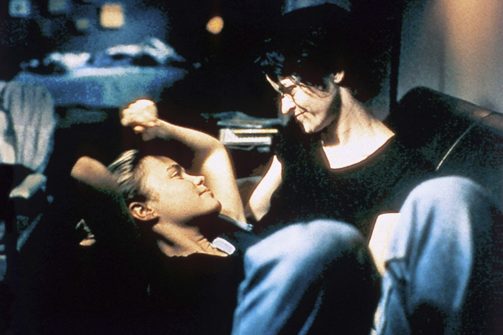 HIGH ART, from left: Radha Mitchell, Ally Sheedy,  1998. ©October Films/courtesy Everett Collection