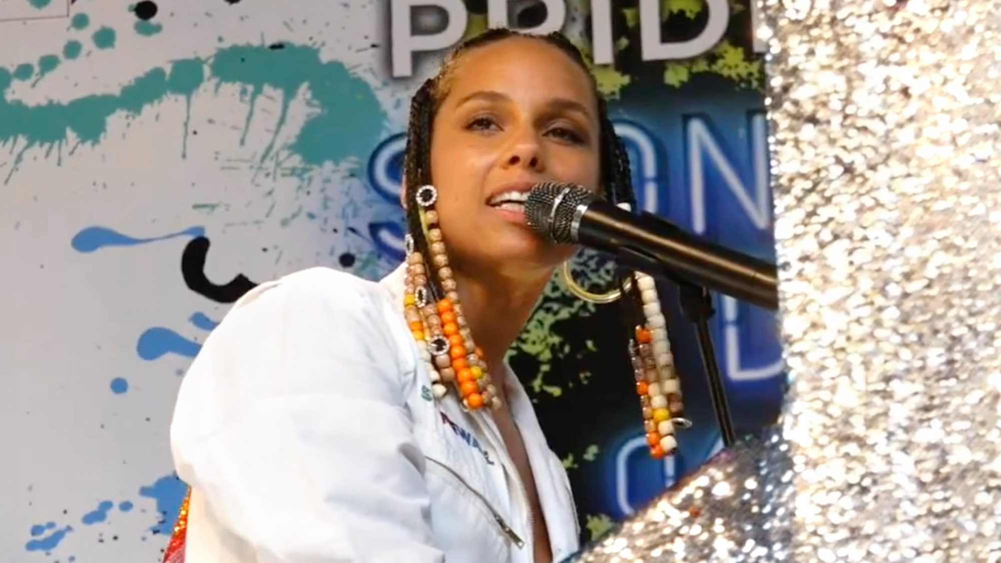 Pride Live's Stonewall Day presented by United Airlines Hosted By Elvis Duran (screen grab) Alicia Keys https://www.youtube.com/watch?v=crbgkpXkrBk CR: Z100 New York/YouTube