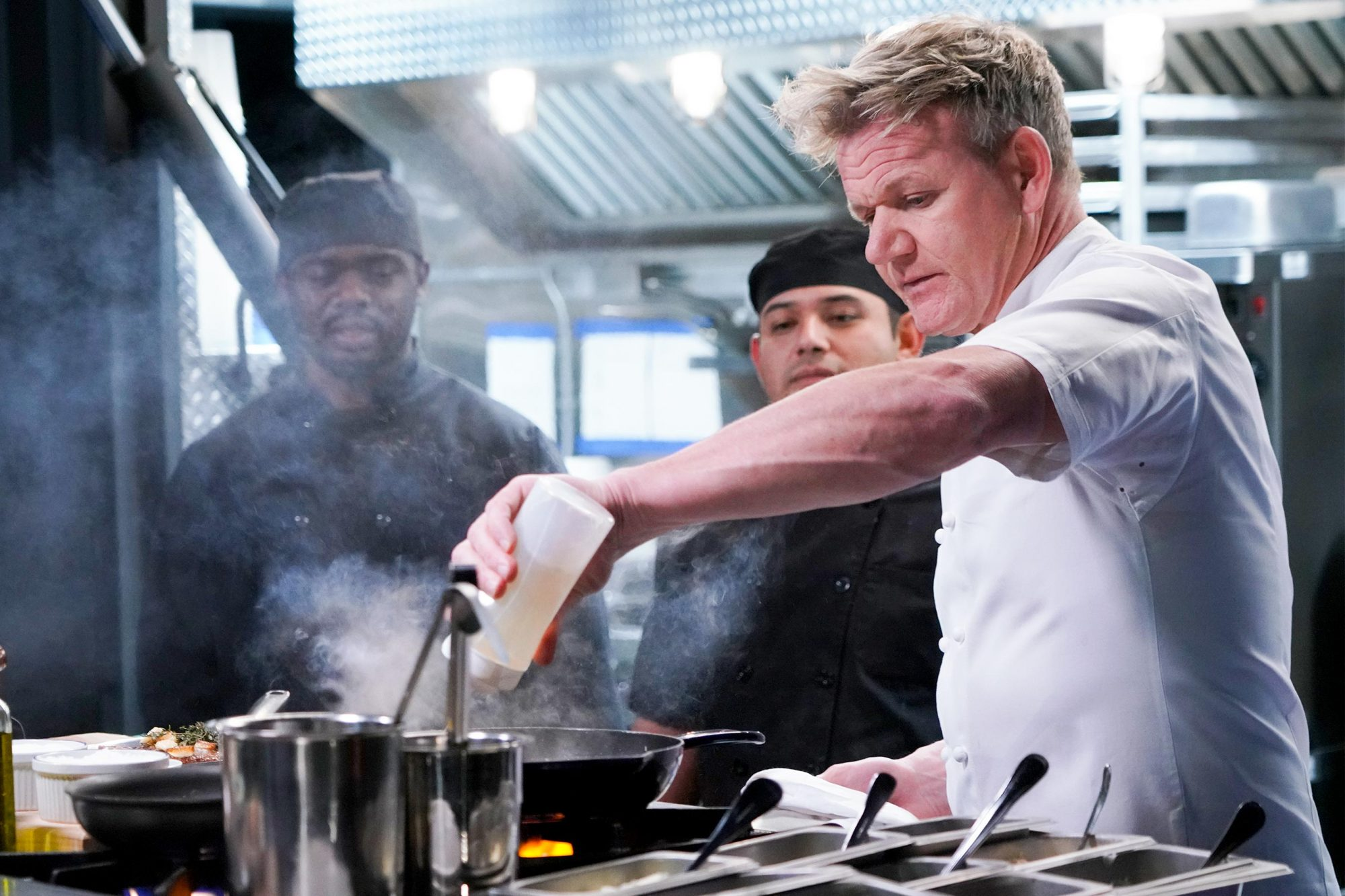 "GORDON RAMSAY'S 24 HOURS TO HELL AND BACK: Host / chef Gordon Ramsay (R) with the M'Dears kitchen Staff in the special two-hour ""M'Dears Bakery & Bistro / Social"" season finale episode of GORDON RAMSAY'S 24 HOURS TO HELL AND BACK airing Wednesday, March 6 (8:00-10:00 PM ET/PT) on FOX. © 2019 FOX Broadcasting. CR: FOX."