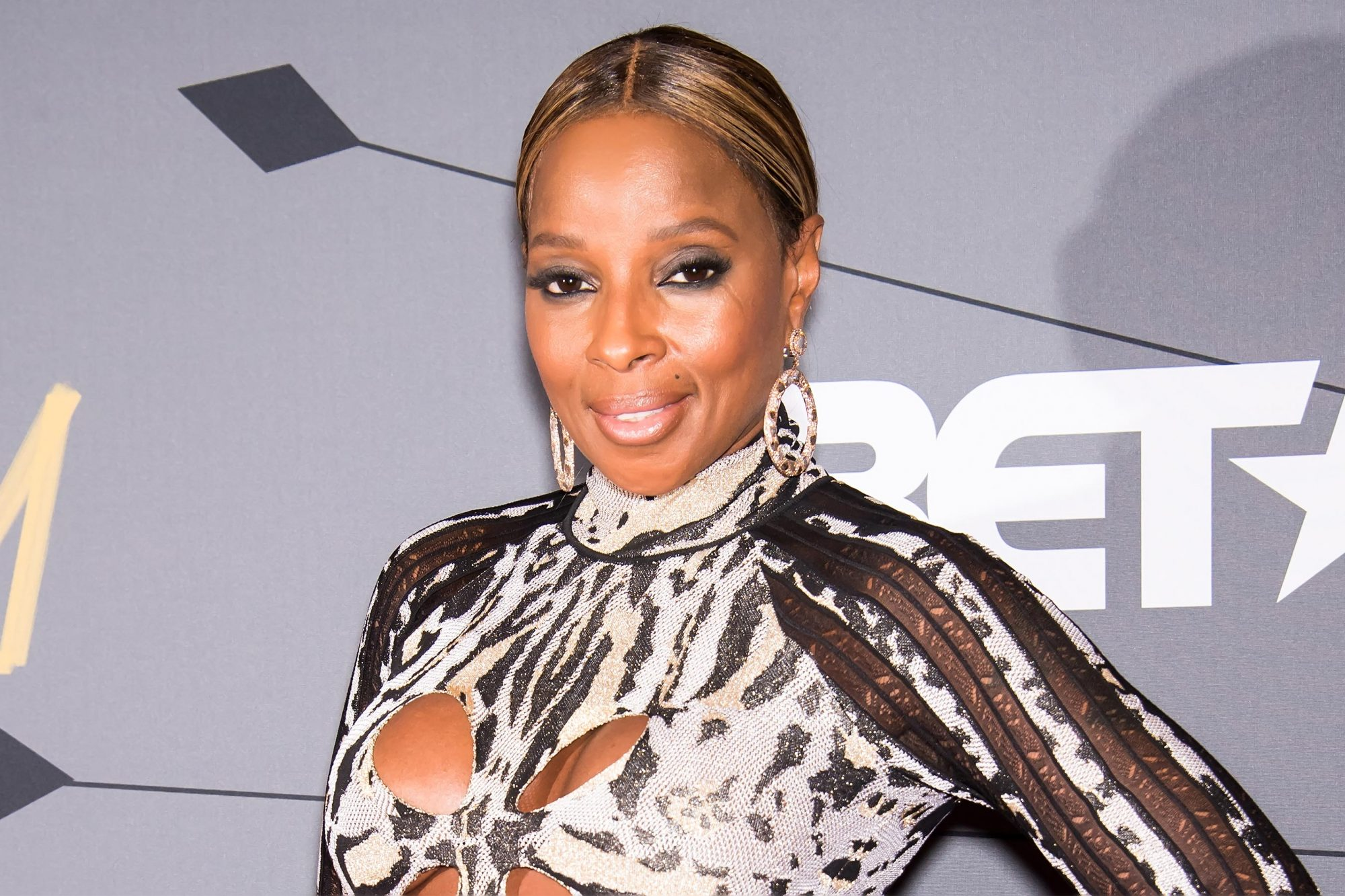 NEWARK, NJ - AUGUST 26: Singer-songwriter and Star Power Award recipient Mary J. Blige attends 2018 Black Girls Rock! at New Jersey Performing Arts Center on August 26, 2018 in Newark, New Jersey. (Photo by Gilbert Carrasquillo/WireImage)