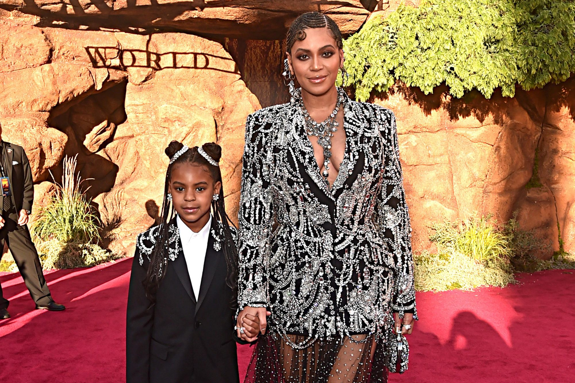 "HOLLYWOOD, CALIFORNIA - JULY 09: (EDITORS NOTE: Retransmission with alternate crop.) Blue Ivy Carter (L) and Beyonce Knowles-Carter attend the World Premiere of Disney's ""THE LION KING"" at the Dolby Theatre on July 09, 2019 in Hollywood, California. (Photo by Alberto E. Rodriguez/Getty Images for Disney)"