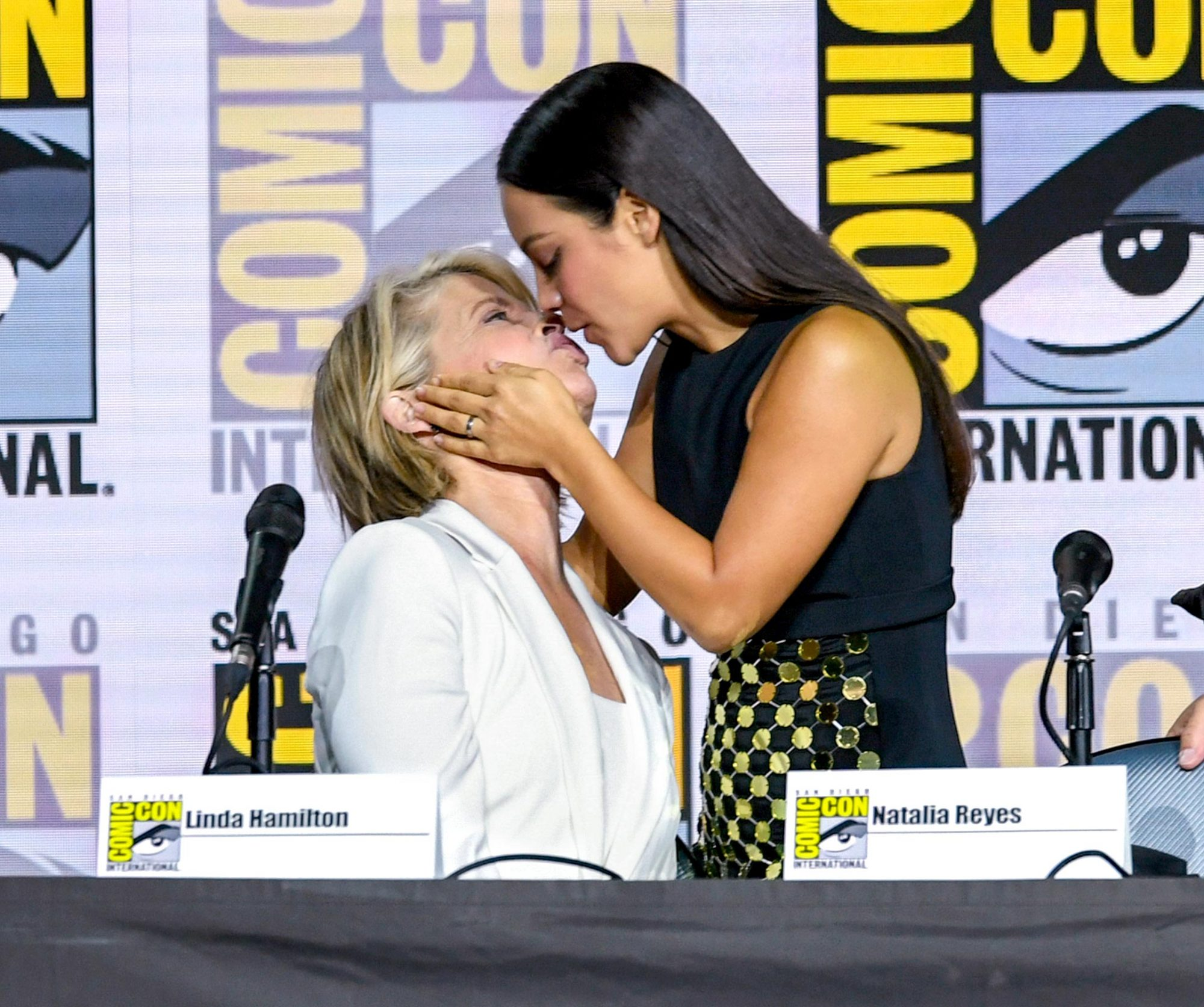 """SAN DIEGO, CALIFORNIA - JULY 18: Linda Hamilton and Natalia Reyes speak at the """"Terminator: Dark Fate"""" panel during 2019 Comic-Con International at San Diego Convention Center on July 18, 2019 in San Diego, California. (Photo by Kevin Winter/Getty Images)"""