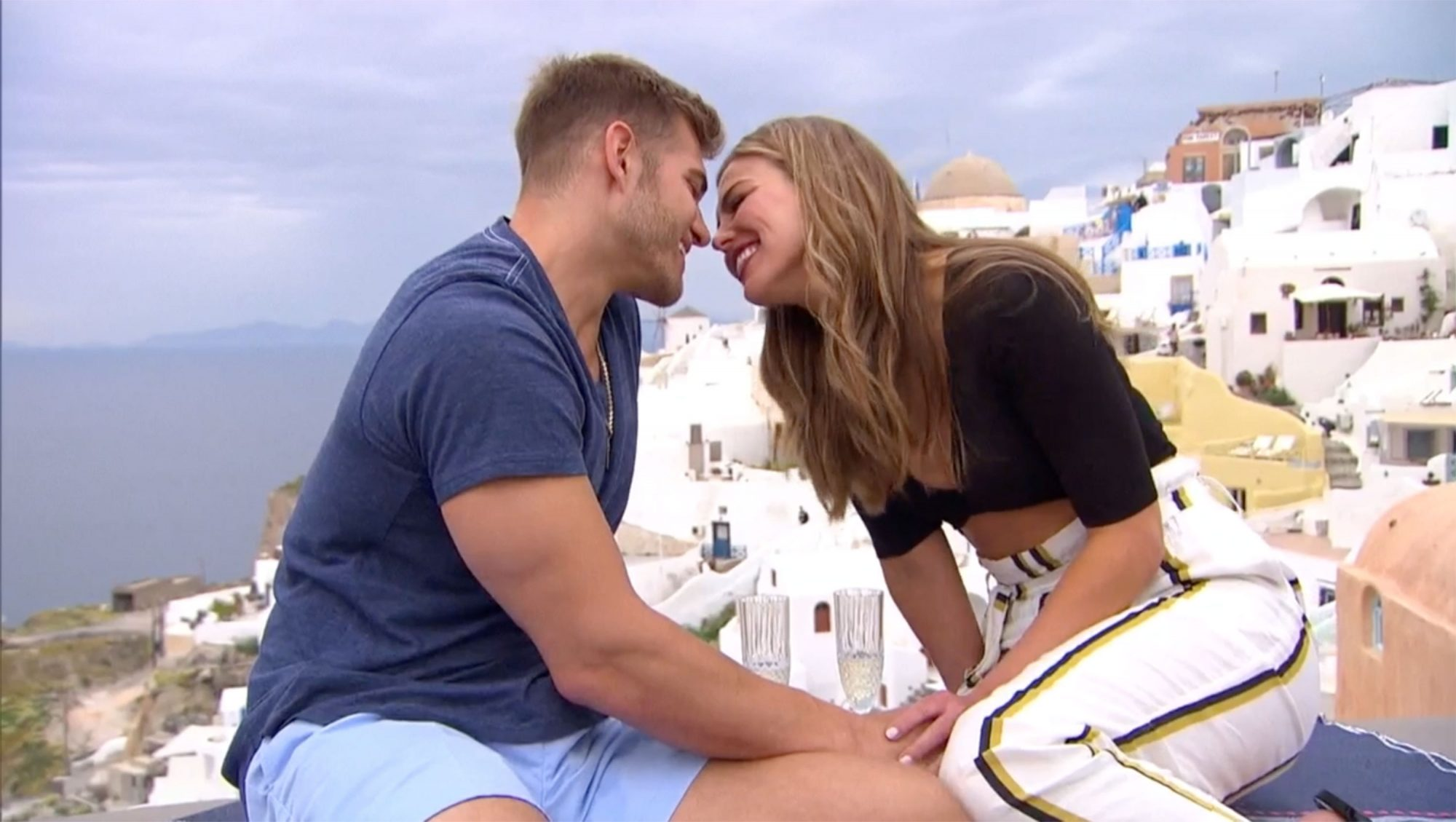 WHAT TO WATCH 07/15/19 The Bachelorette