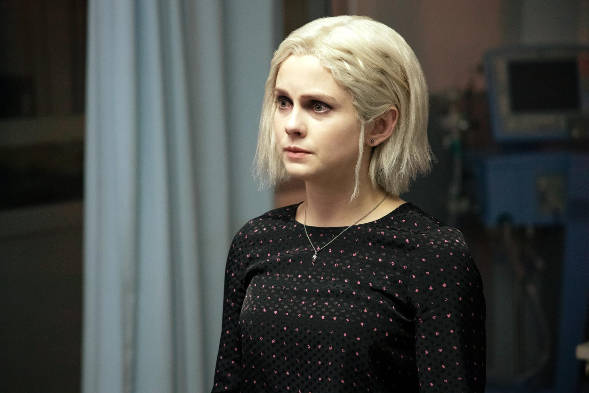 "iZombie -- ""Filleted to Rest"" -- Image Number: ZMB507a_0132b.jpg -- Pictured: Rose McIver as Liv -- Photo Credit: Jack Rowand/The CW -- © 2019 The CW Network, LLC. All Rights Reserved."