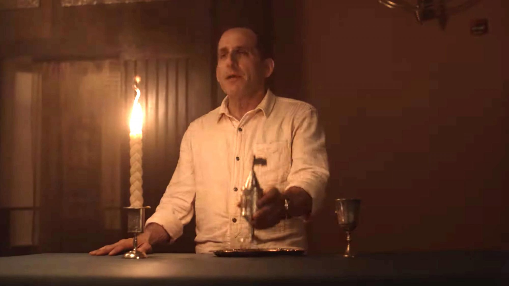Opening Minutes Of Season 5 Episode 12 | Fear the Walking Dead (screen grab) CR: AMC