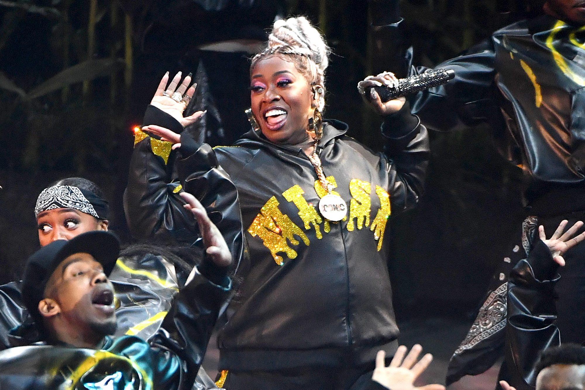 Missy Elliott Brings Out Alyson Stoner From Work It Video At 2019 Vmas Ew Com