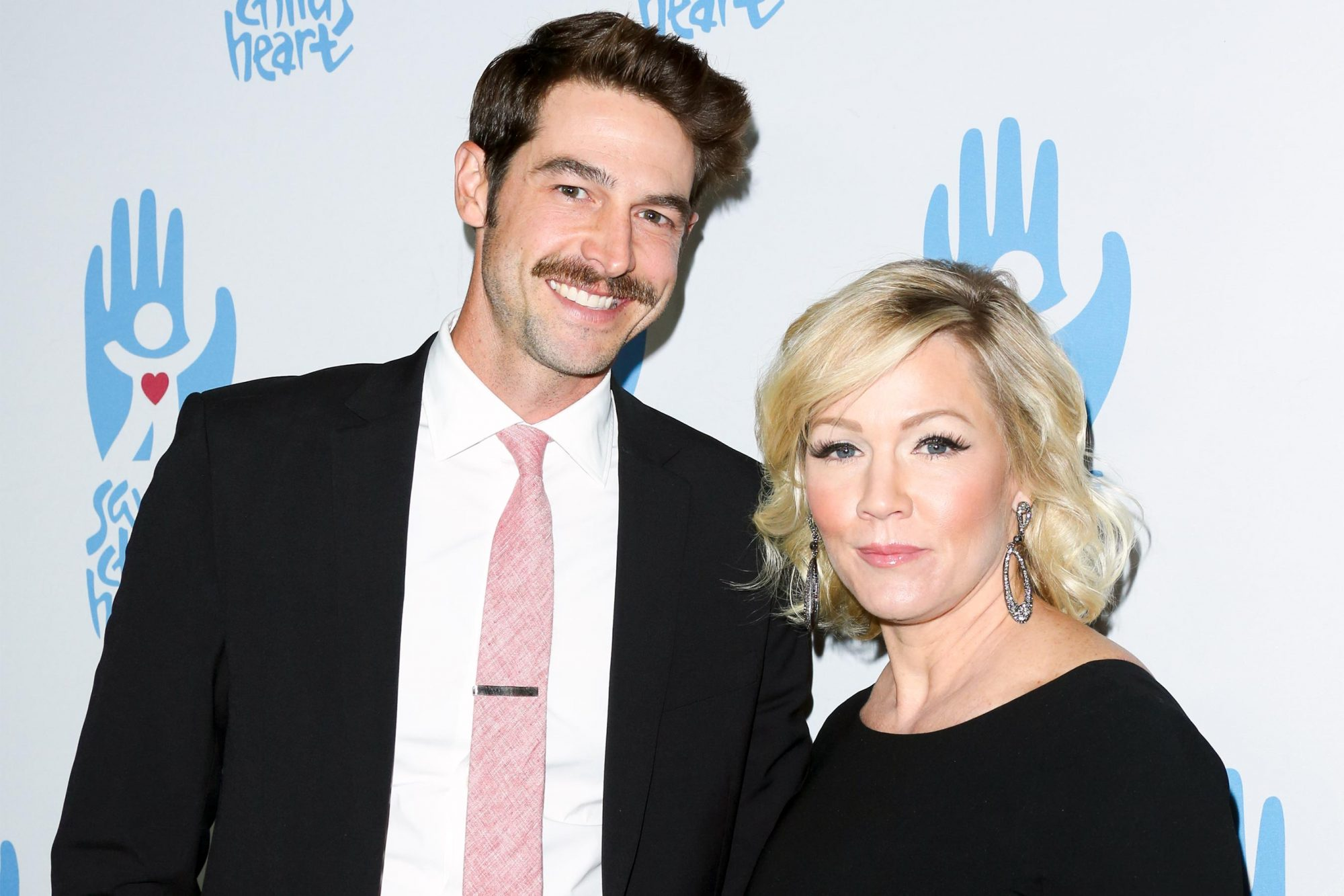 CULVER CITY, CA - NOVEMBER 15: Actors Dave Abrams (L) and Jennie Garth (R) attend the 2nd Annual Save A Child's Heart Gala at Sony Pictures Studios on November 15, 2015 in Culver City, California. (Photo by Paul Archuleta/Getty Images)