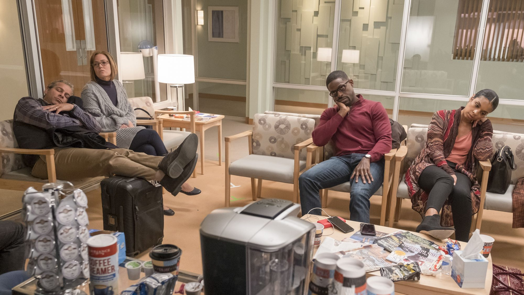 """THIS IS US -- """"The Waiting Room"""" Episode 315 -- Pictured: (l-r) -- (Photo by: Ron Batzdorff/NBC)"""