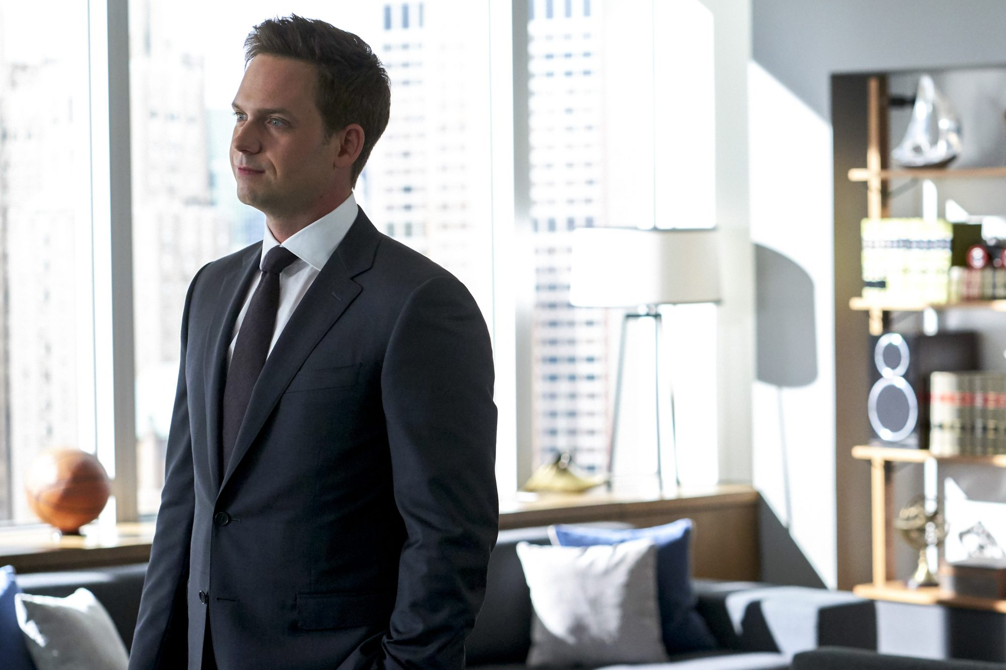 """SUITS -- """"If the Shoe Fits"""" Episode 905 -- Pictured: Patrick J. Adams -- (Photo by: Shane Mahood/USA Network)"""