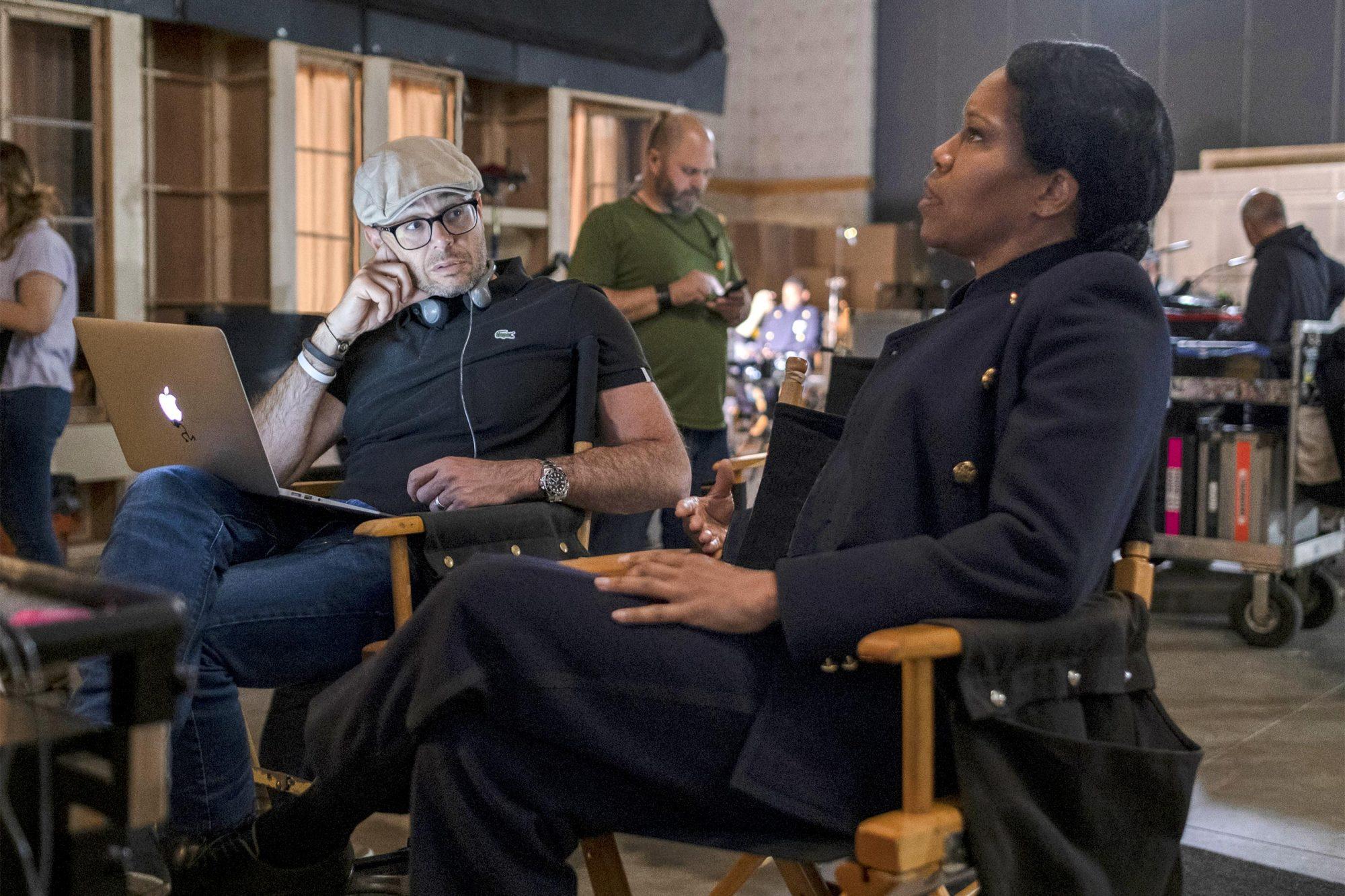 Watchmen BTS Season 1 Damon Lindel and Regina King. photo: Mark Hill/HBO