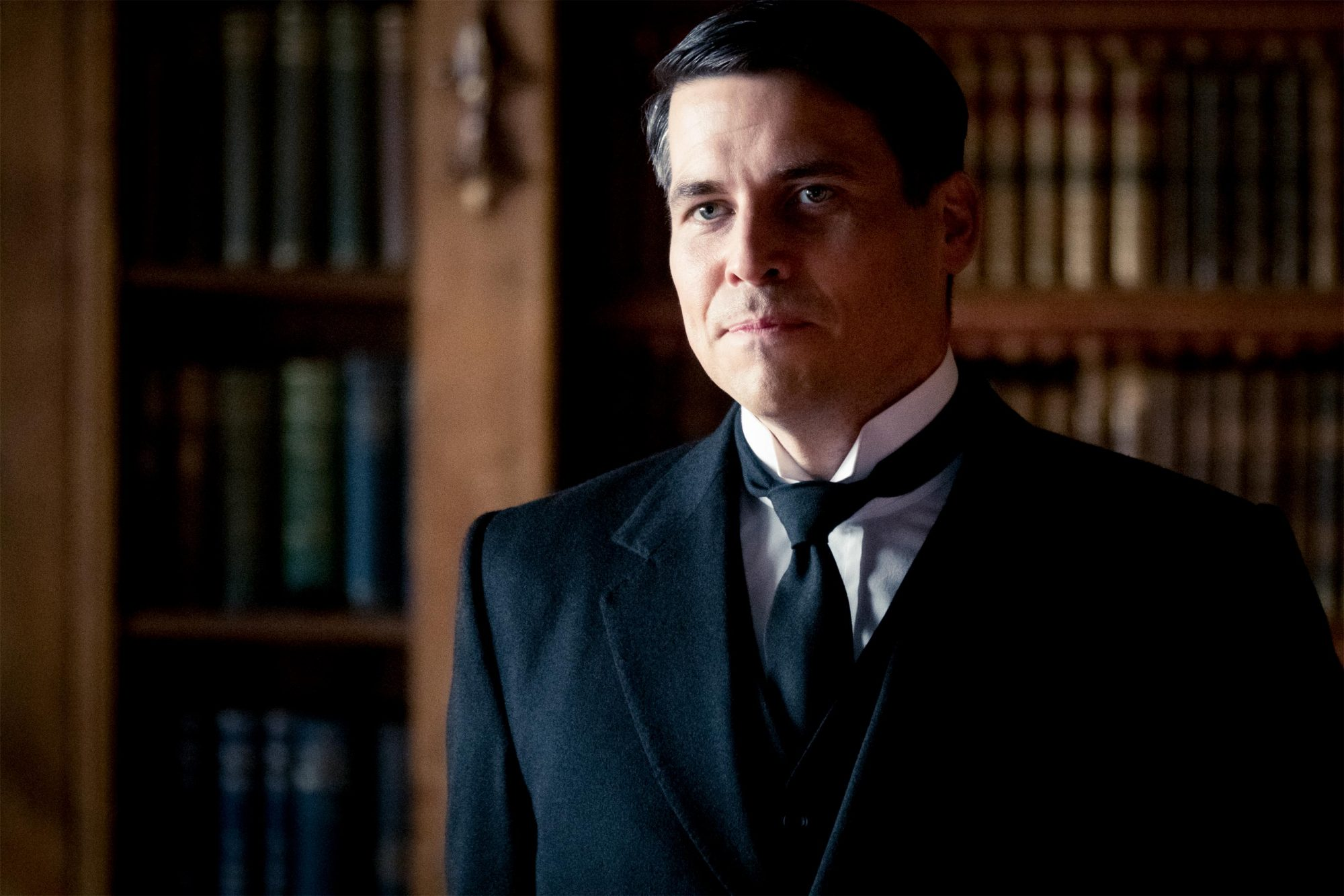 4127_D005_00102_R Robert James-Collier stars as Thomas Barrow in DOWNTON ABBEY, a Focus Features release. Credit: Jaap Buitendijk / © 2019 Focus Features, LLC