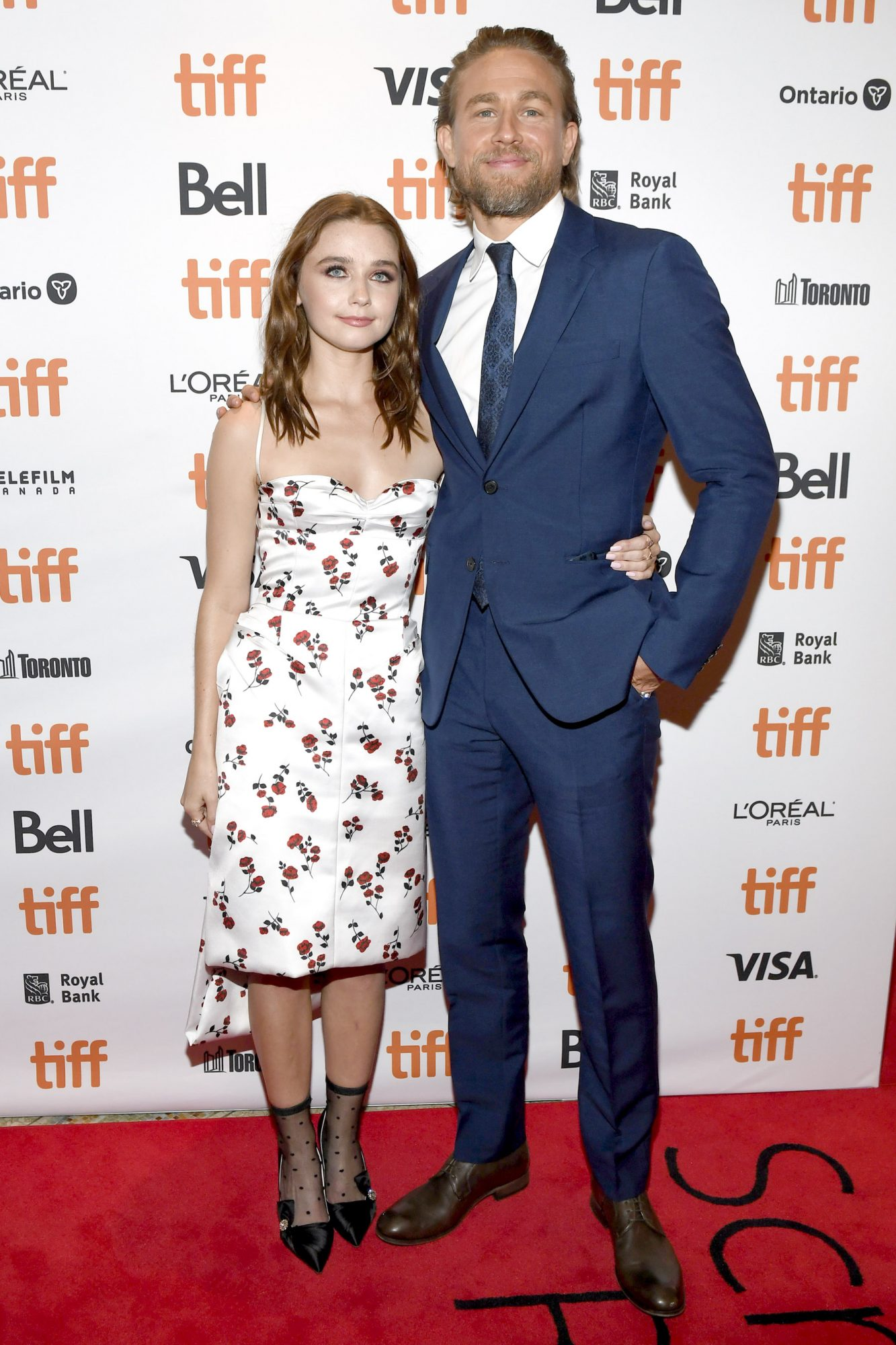 """TORONTO, ONTARIO - SEPTEMBER 12: (L-R) Jessica Barden and Charlie Hunnam attend the """"Jungleland"""" photo call during the 2019 Toronto International Film Festival at Princess of Wales Theatre on September 12, 2019 in Toronto, Canada. (Photo by Sonia Recchia/Getty Images)"""