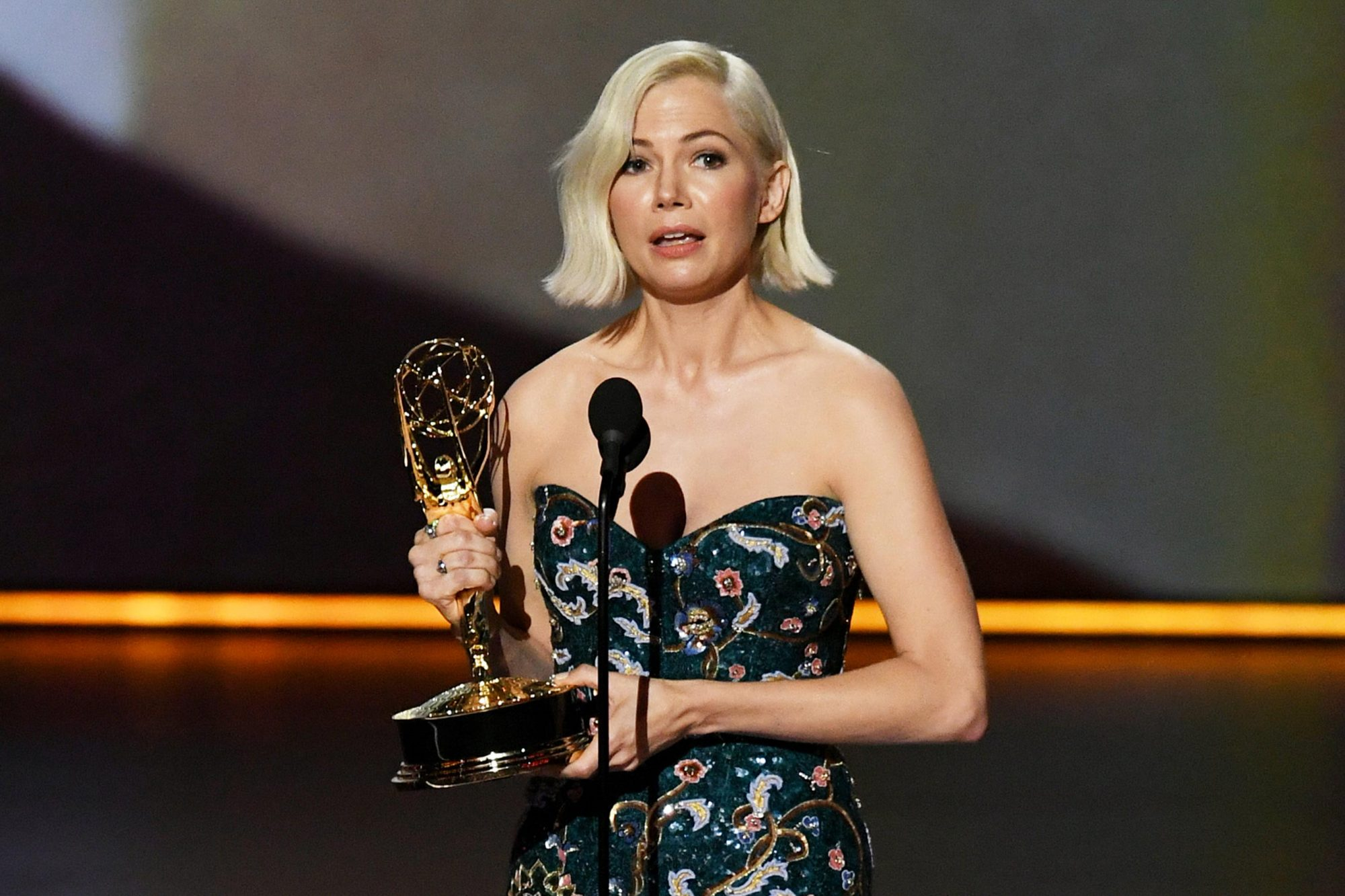 Michelle Williams makes a powerful statement for equal pay
