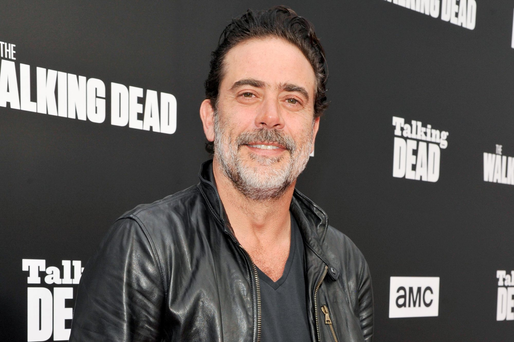"HOLLYWOOD, CA - OCTOBER 23: Actor Jeffrey Dean Morgan attends AMC presents ""Talking Dead Live"" for the premiere of ""The Walking Dead"" at Hollywood Forever on October 23, 2016 in Hollywood, California. (Photo by John Sciulli/Getty Images for AMC)"