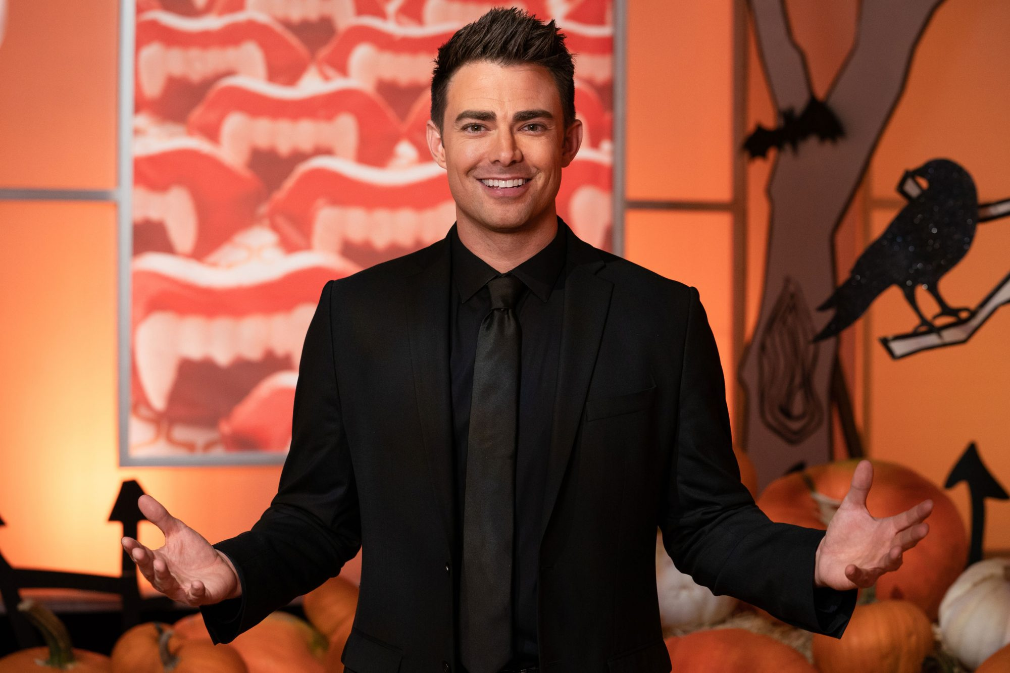 Host Jonathan Bennett, as seen on Halloween Wars, Season 9.