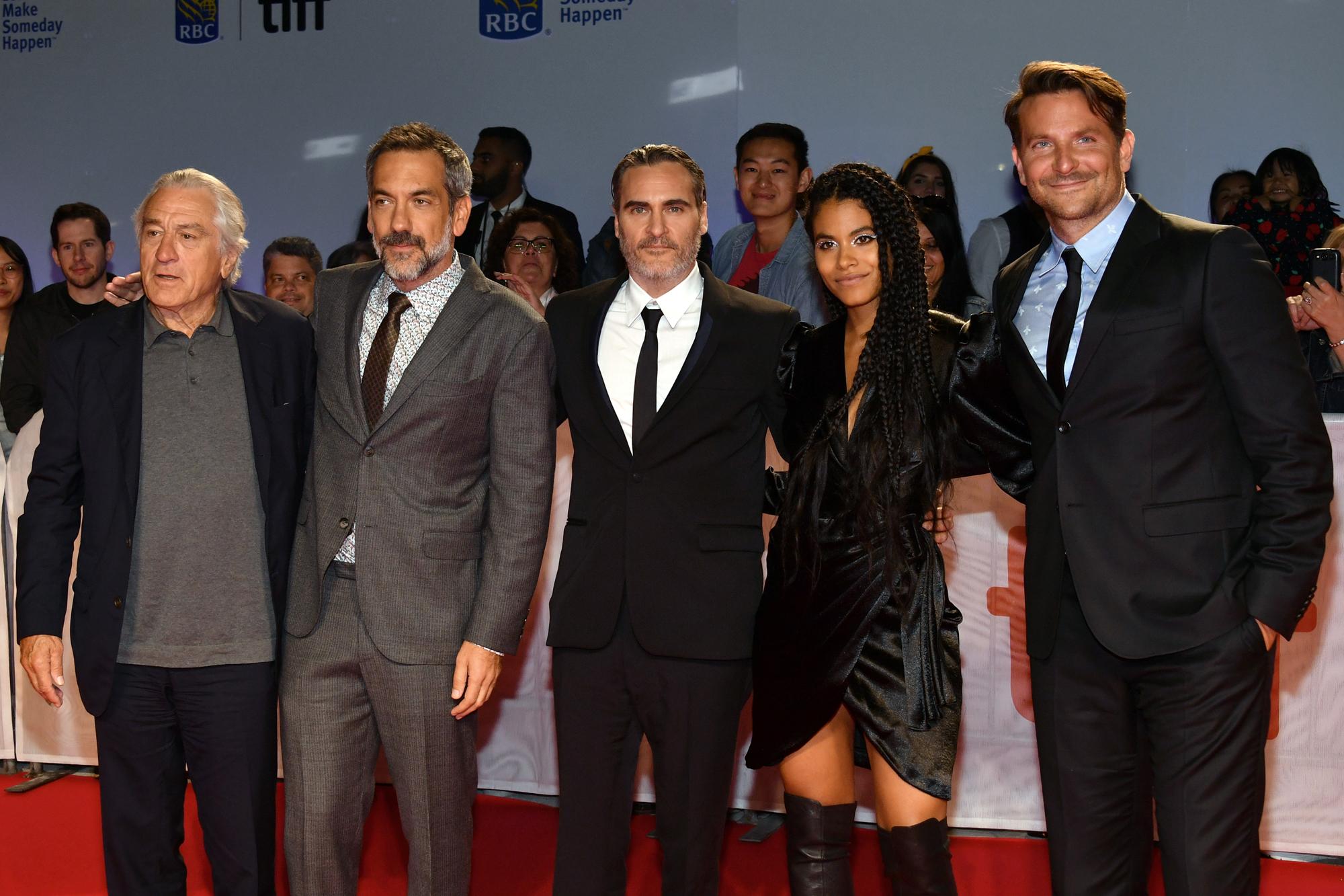 Robert De Niro, Todd Phillips, Joaquin Phoenix, Zazie Beetz and Bradley Cooper