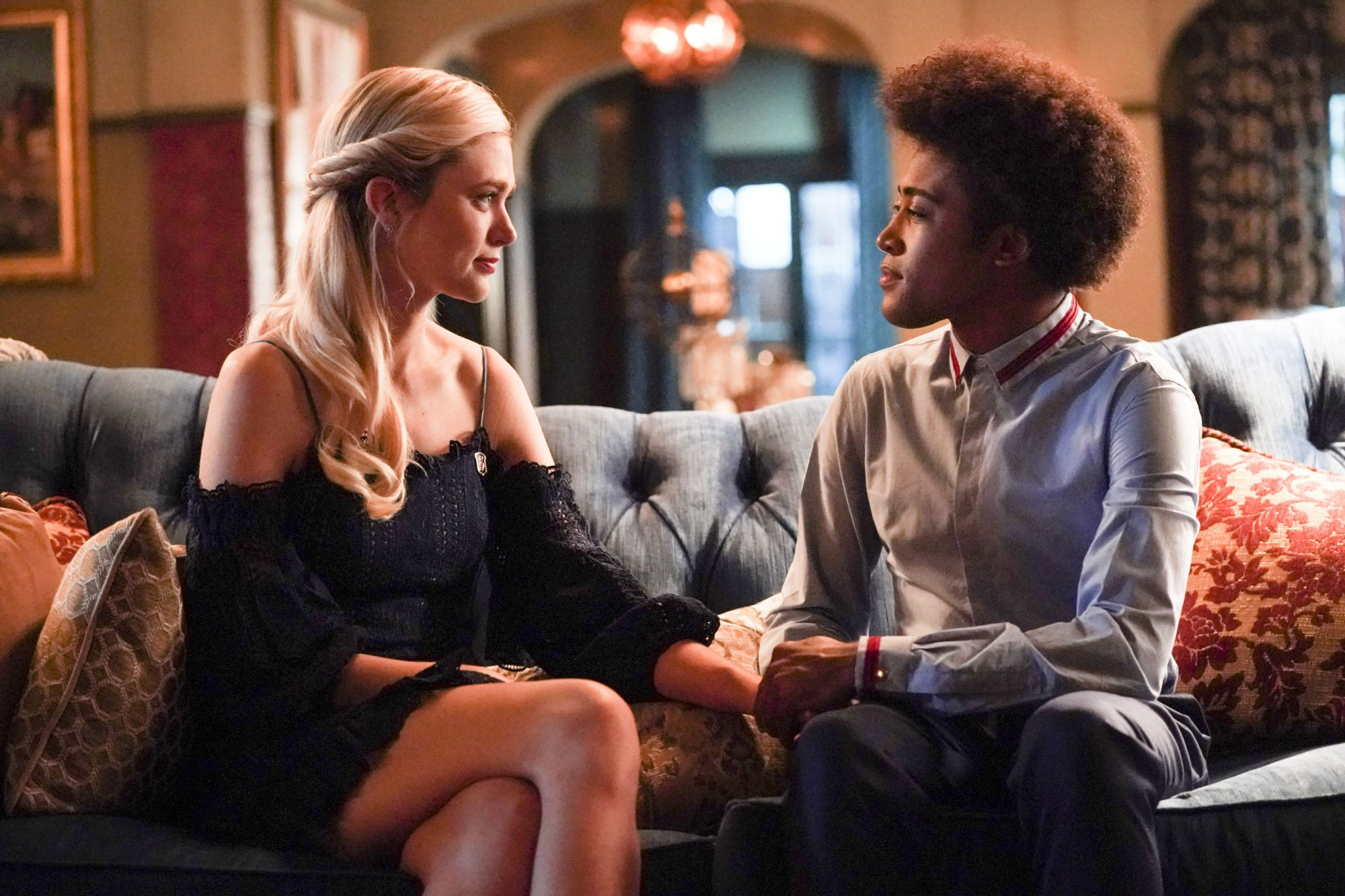 "Legacies -- ""I'll Never Give Up Hope"" -- Image Number: LGC201b_0963bc.jpg -- Pictured (L-R): Jenny Boyd as Lizzie and Quincy Fouse as MG -- Photo: Quantrell Colbert/The CW -- © 2019 The CW Network, LLC. All rights reserved."