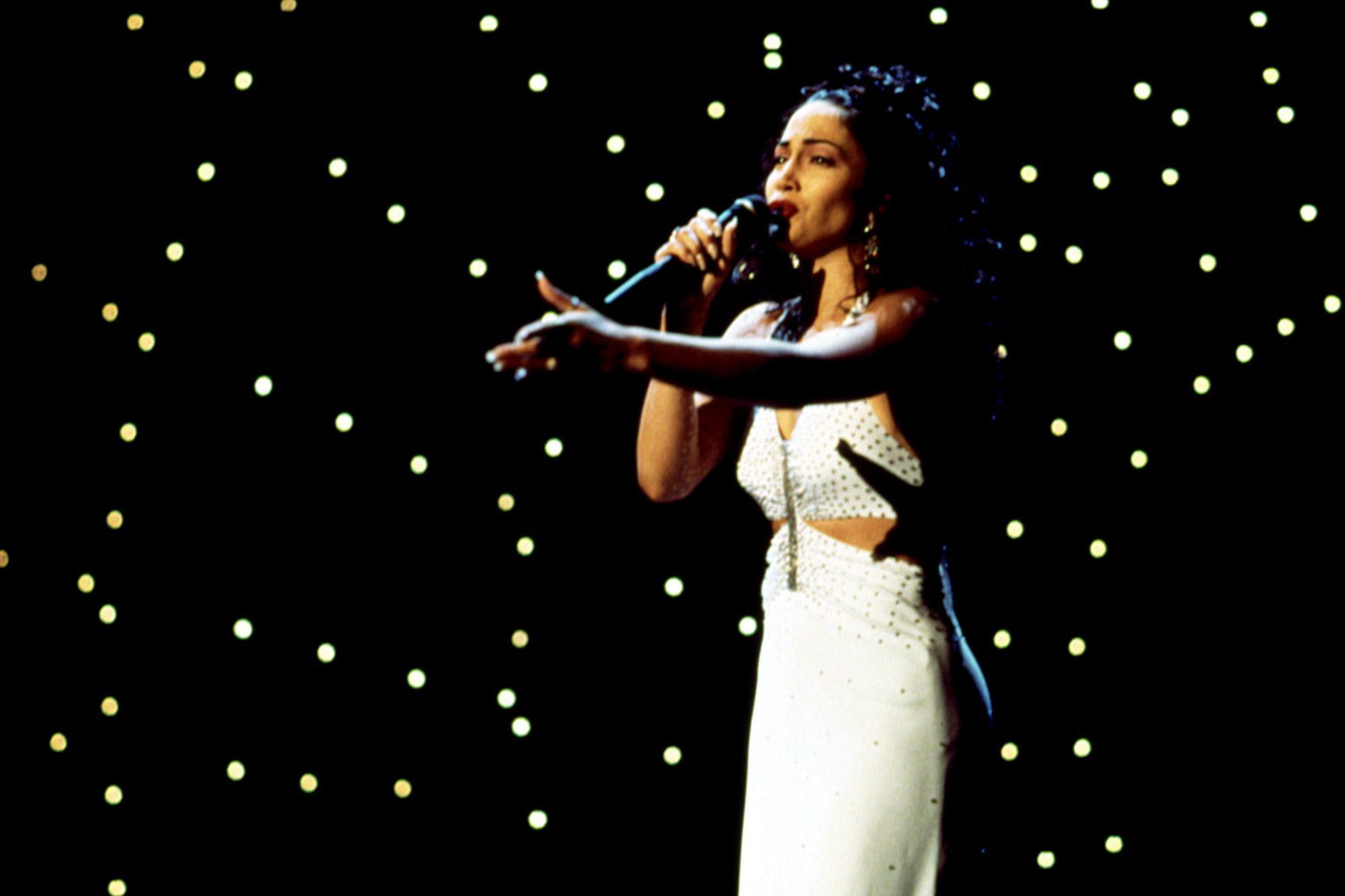 SELENA, Jennifer Lopez, 1997