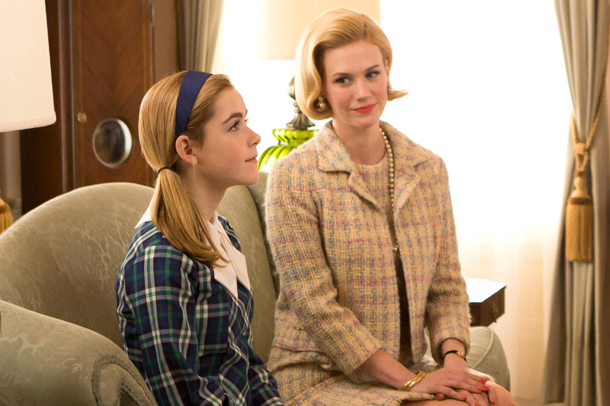 MAD MEN, (from left): Kiernan Shipka, January Jones, Deborah Geffner, 'The Quality of Mercy', (Season 6, ep. 612, aired June 16, 2013), 2007-. photo: Jessica Brooks / © AMC / Courtesy: Everett Collection
