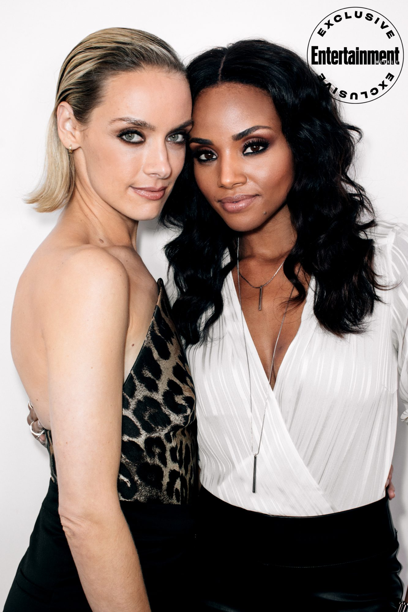 Rachel Skarsten and Meagan Tandy from Batwoman