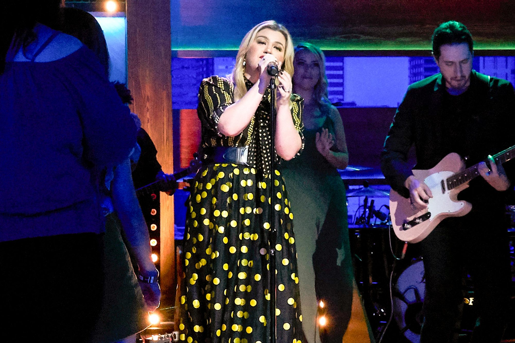 THE KELLY CLARKSON SHOW -- Episode 3034 -- Pictured: Kelly Clarkson -- (Photo by: Adam Christopher/NBCUniversal)