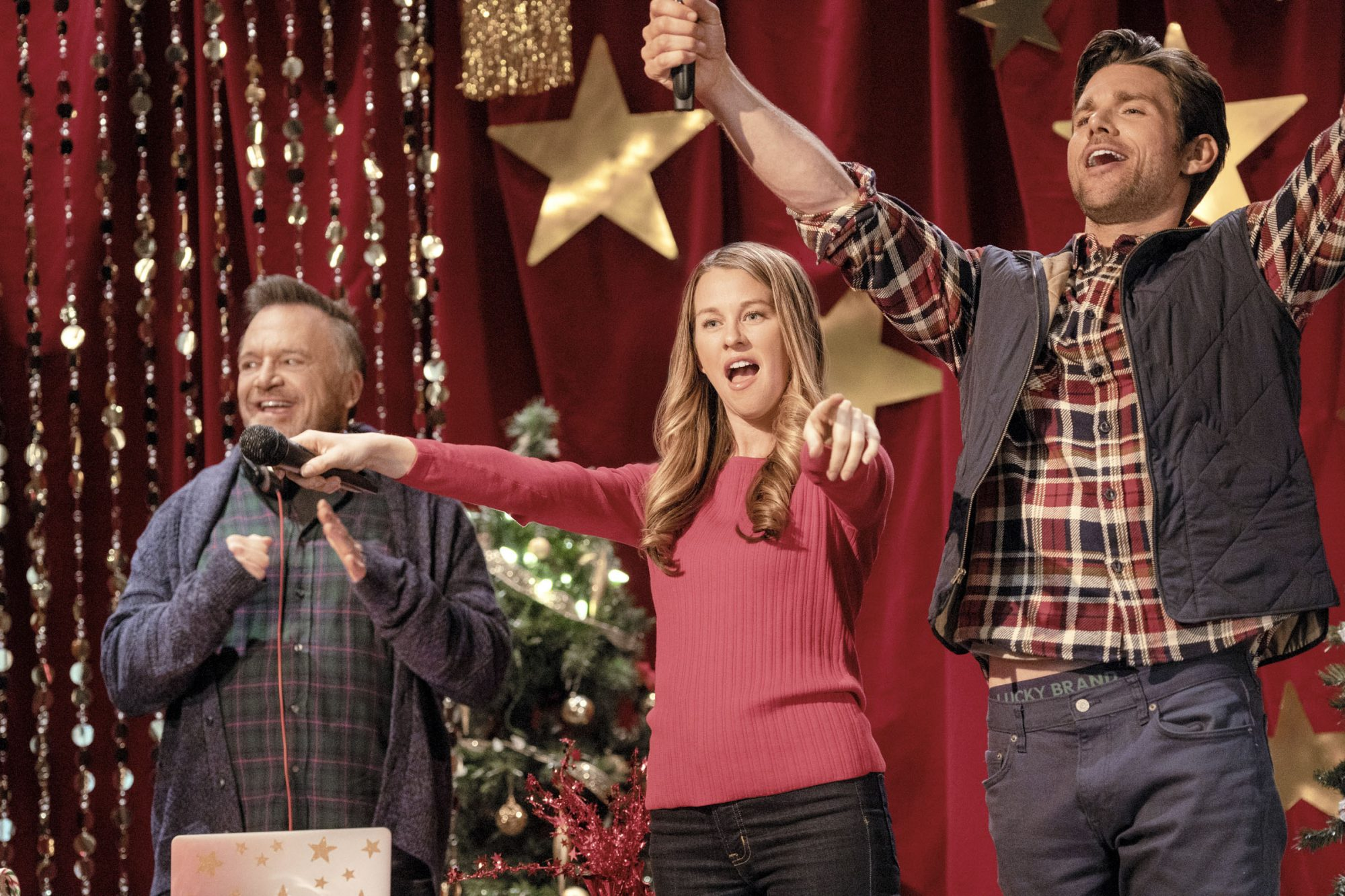 A Christmas Scavenger HuntTom Arnold, Kim Shaw, Kevin McGarryCR: Crown Media