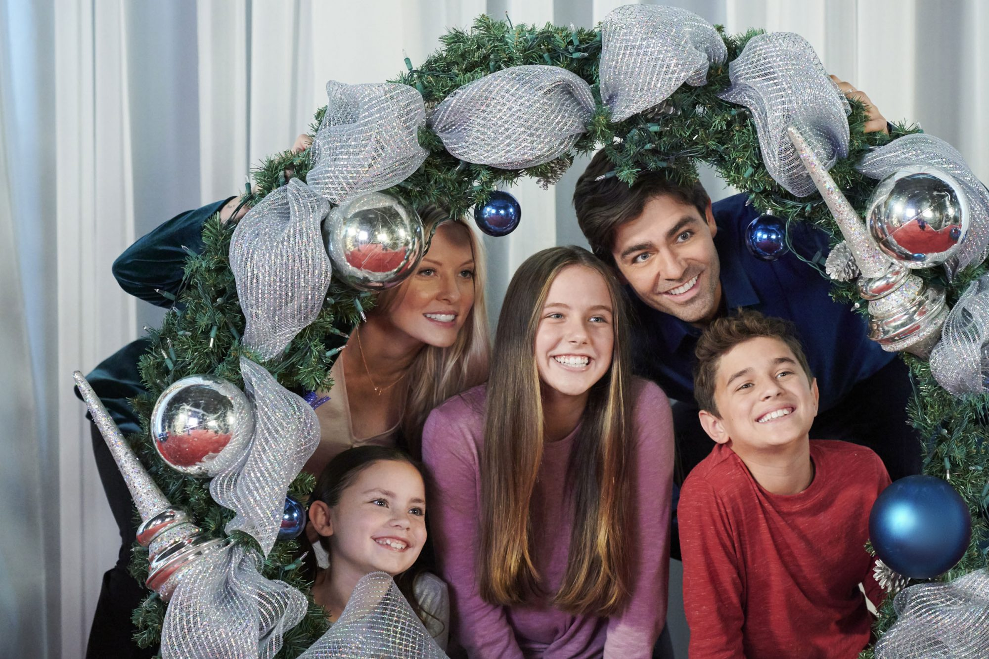 ChristmasatGraceland2_1477_RT_RV2