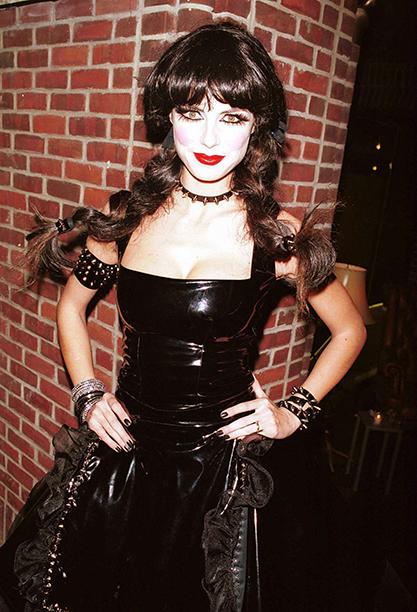 Heidi Klum as a Goth Pippi Longstocking on October 31, 2000