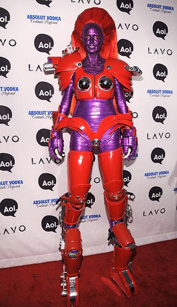 Heidi Klum as an Alien Transformer on October 31, 2010