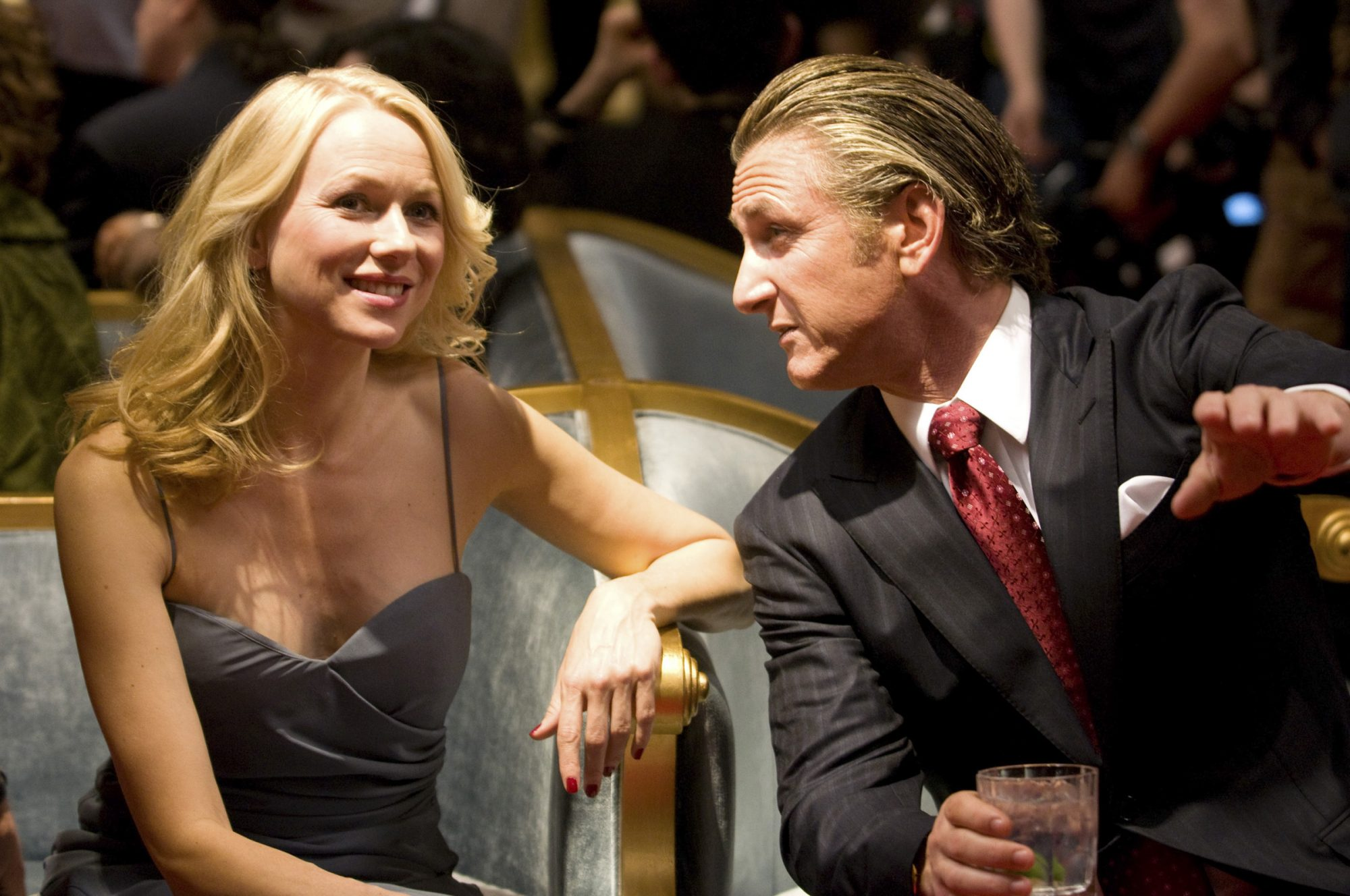 FAIR GAME, from left: Naomi Watts, Sean Penn, 2010. ©Summit Entertainment/Courtesy Everett Collectio