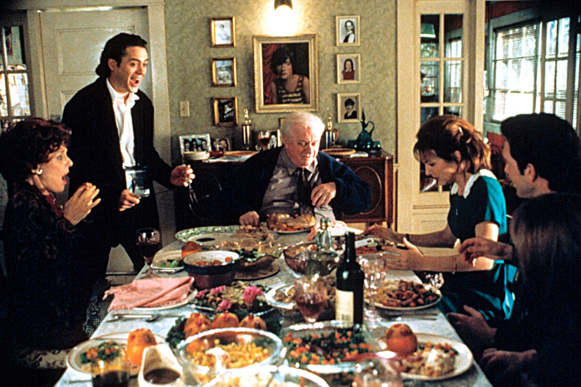 HOME FOR THE HOLIDAYS, Anne Bancroft, Robert Downey Jr., Charles Durning, ?, Dylan McDermott, 1995,