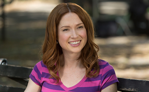ALL CROPS: UNBREAKABLE KIMMY SCHMIDT Season 2 - Ellie Kemper
