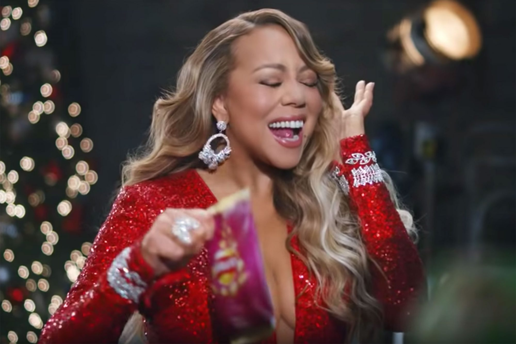 Mariah Carey Walkers Crisps ad