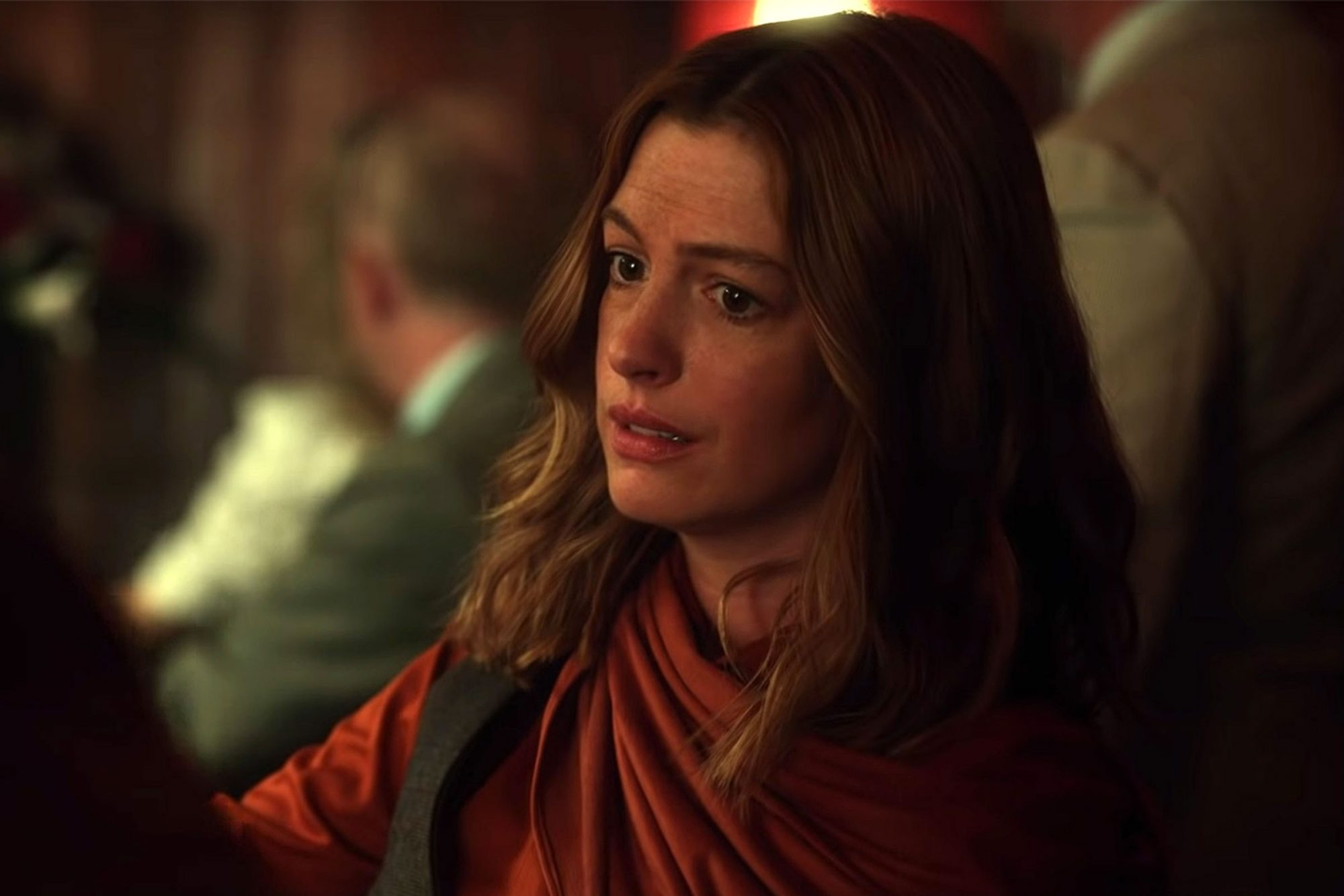Anne Hathaway Is A Gritty Journalist In Trouble In The Last Thing