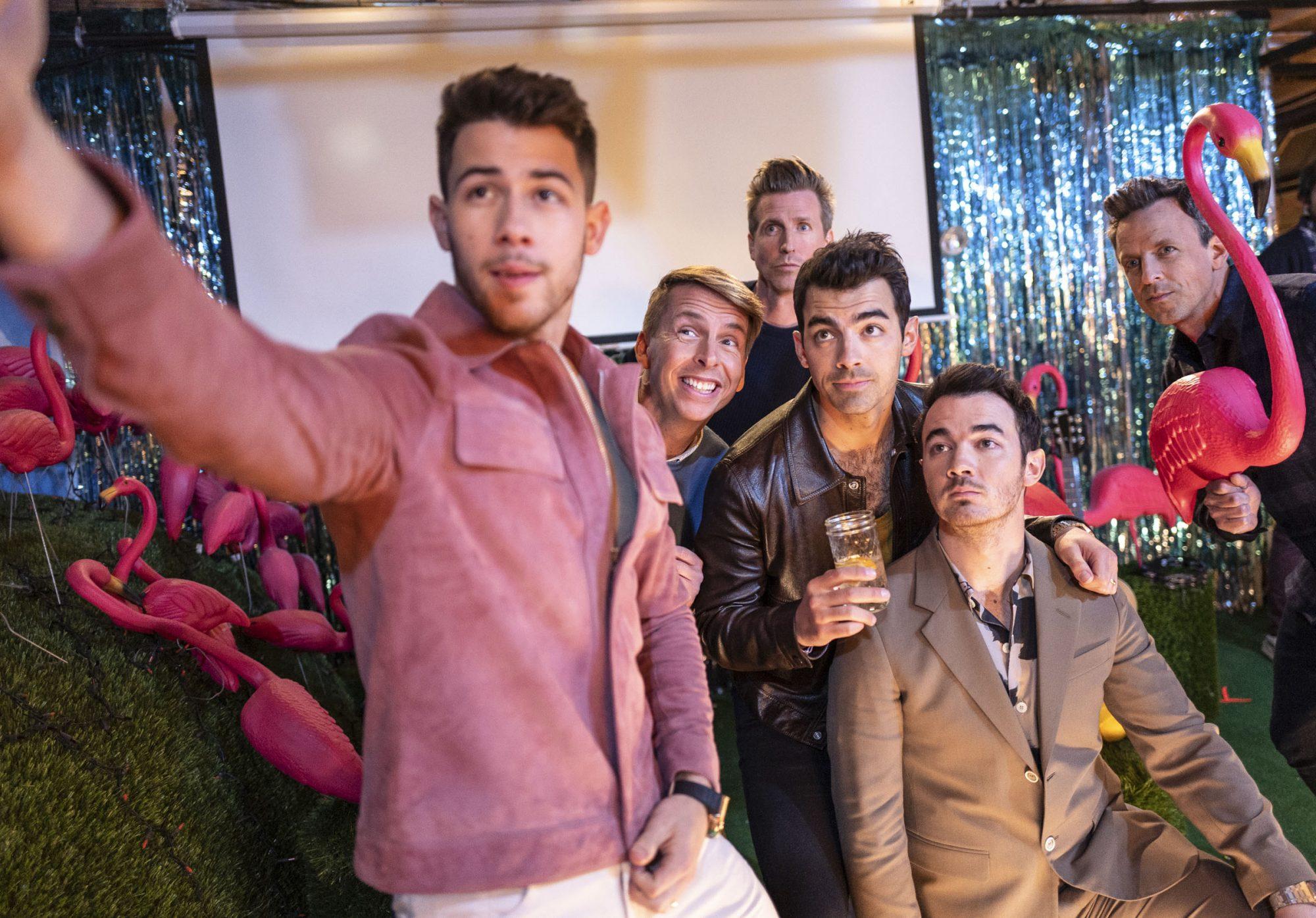 Nick Jonas, Jack McBrayer, Josh Meyers, Joe Jonas, Kevin Jonas and host Seth Meyers