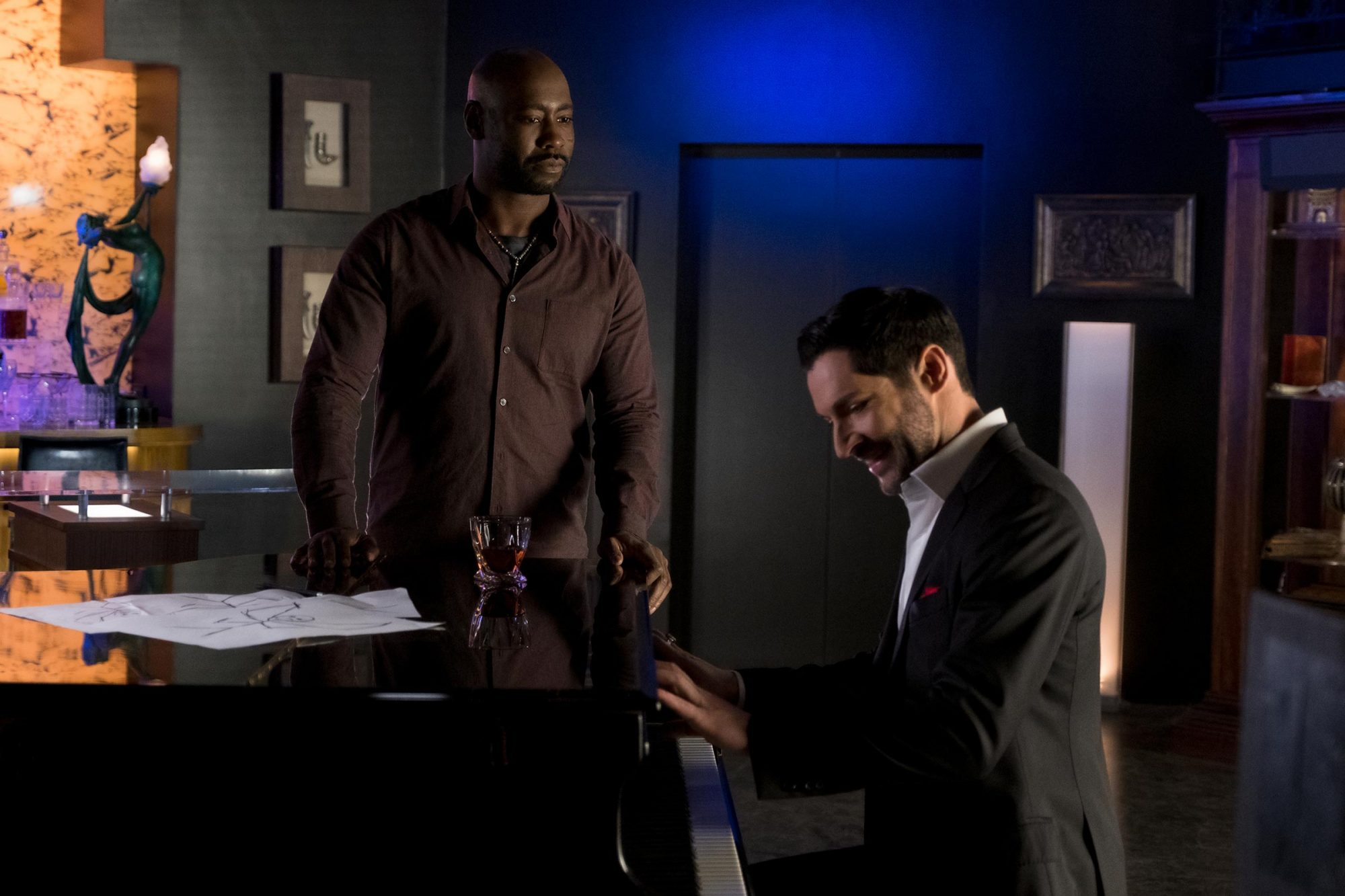 Lucifer Is Doing A Musical Episode In Season 5 Episode 10 Ew Com